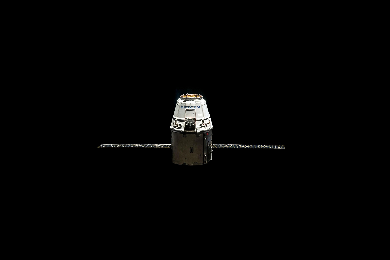 Electric Lamp over Black Background, Aeronautics, Dark, Exploration, Moon, HQ Photo