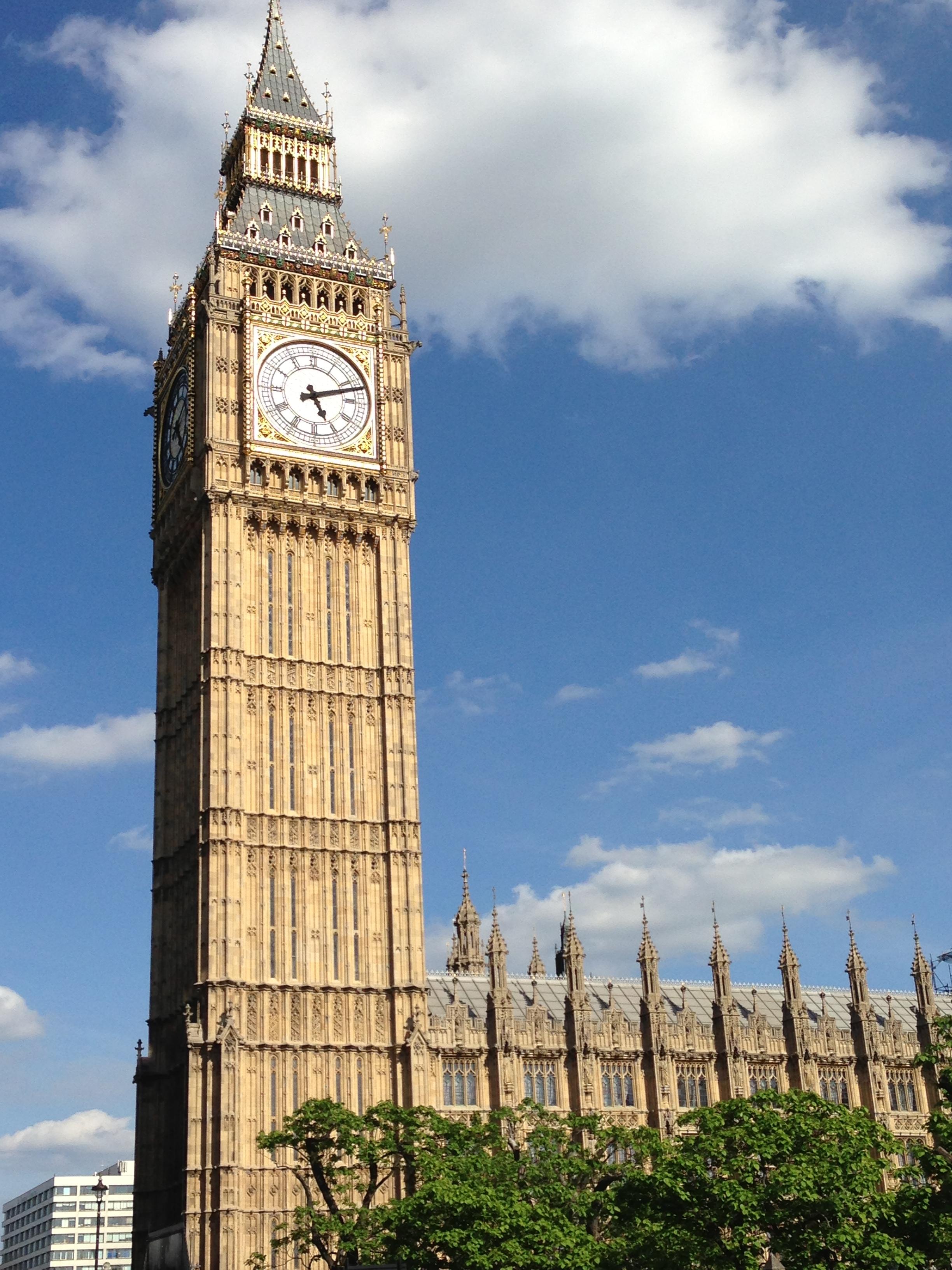 File:Elizabeth Tower, Palace of Westminster, London, UK - 20130629 ...