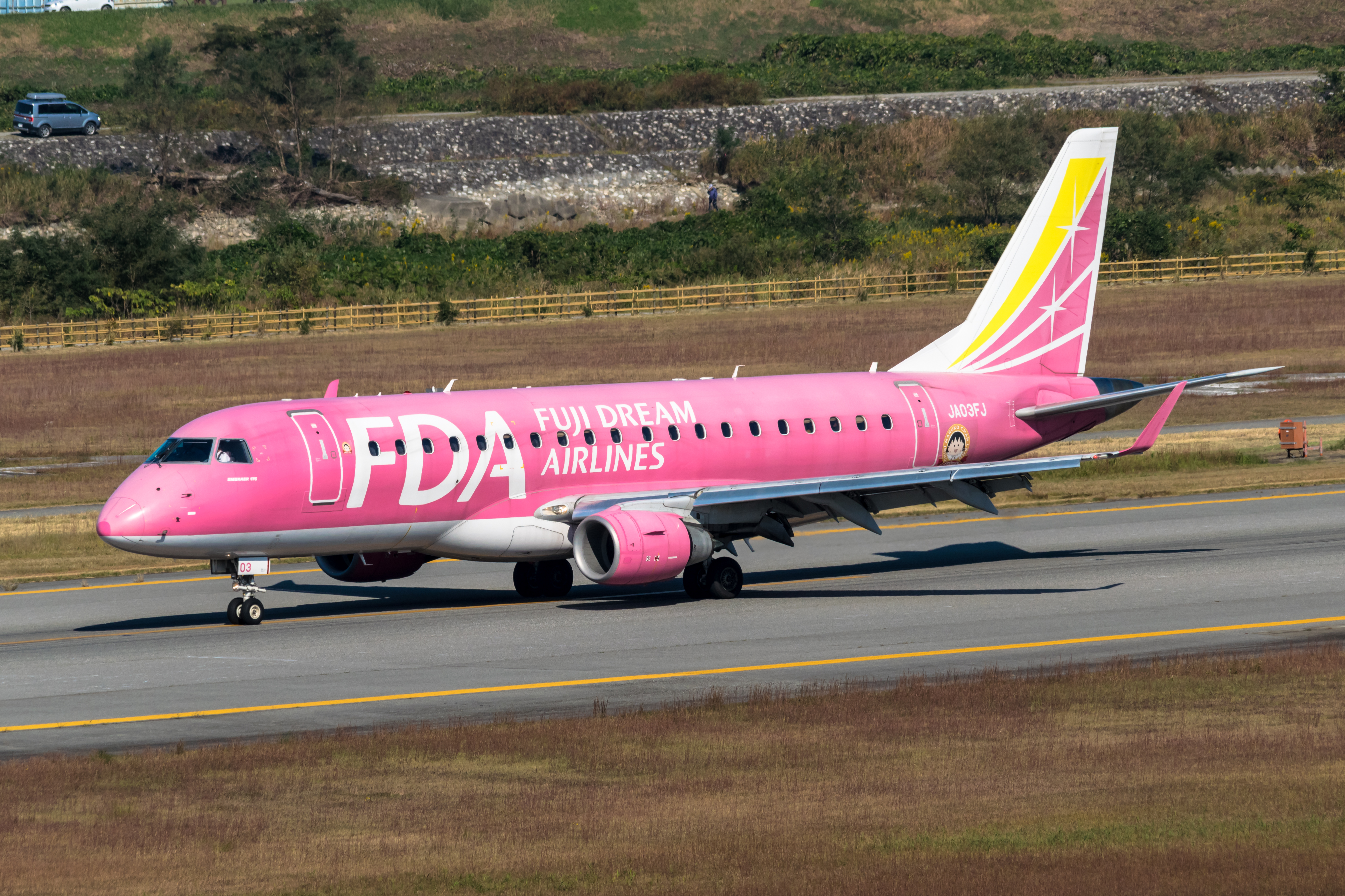 Embraer erj-175 (ja03fj) photo