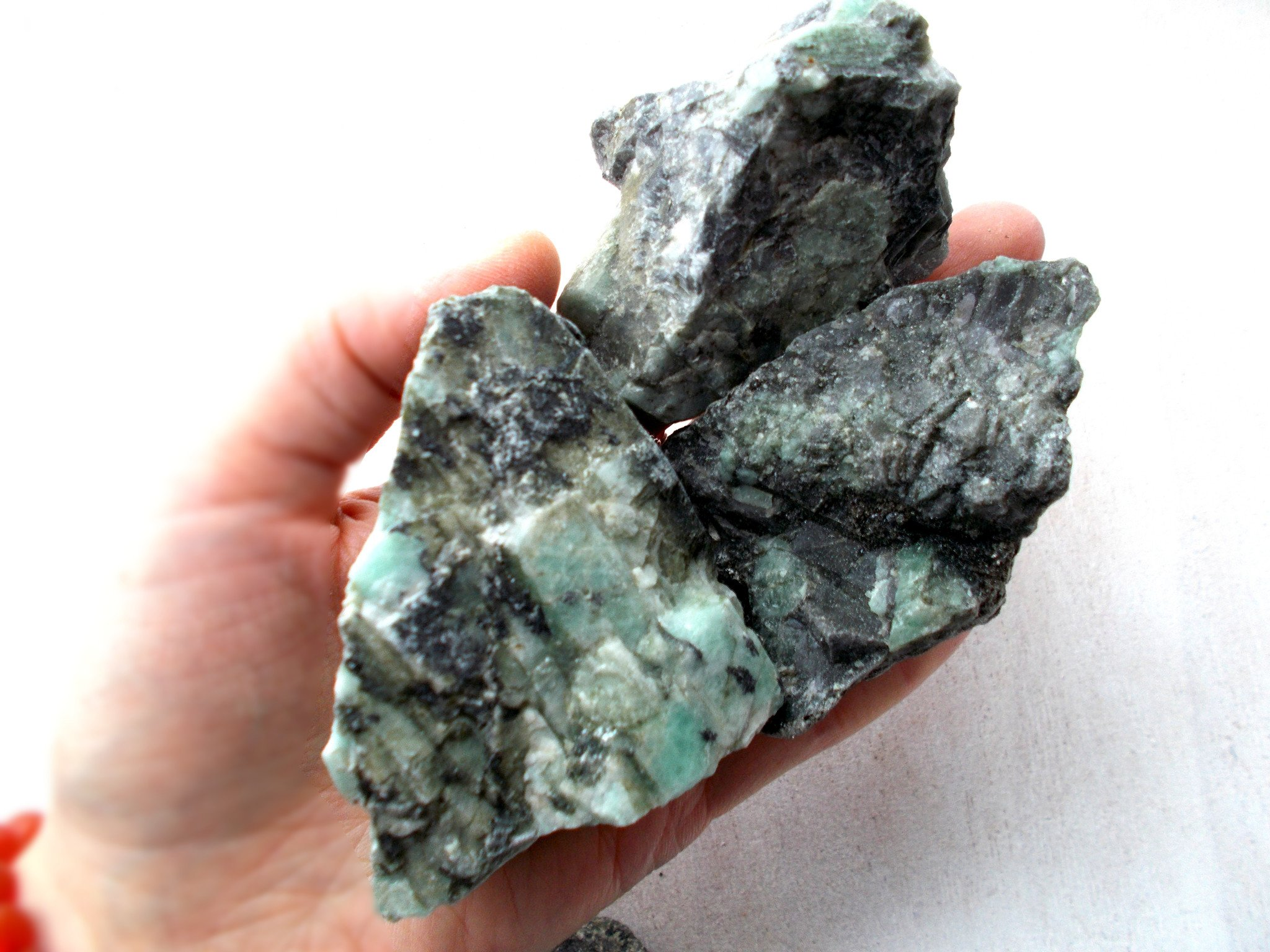 Raw Emerald Stone, Emerald Rough Stones, Raw Crystals and Stones ...
