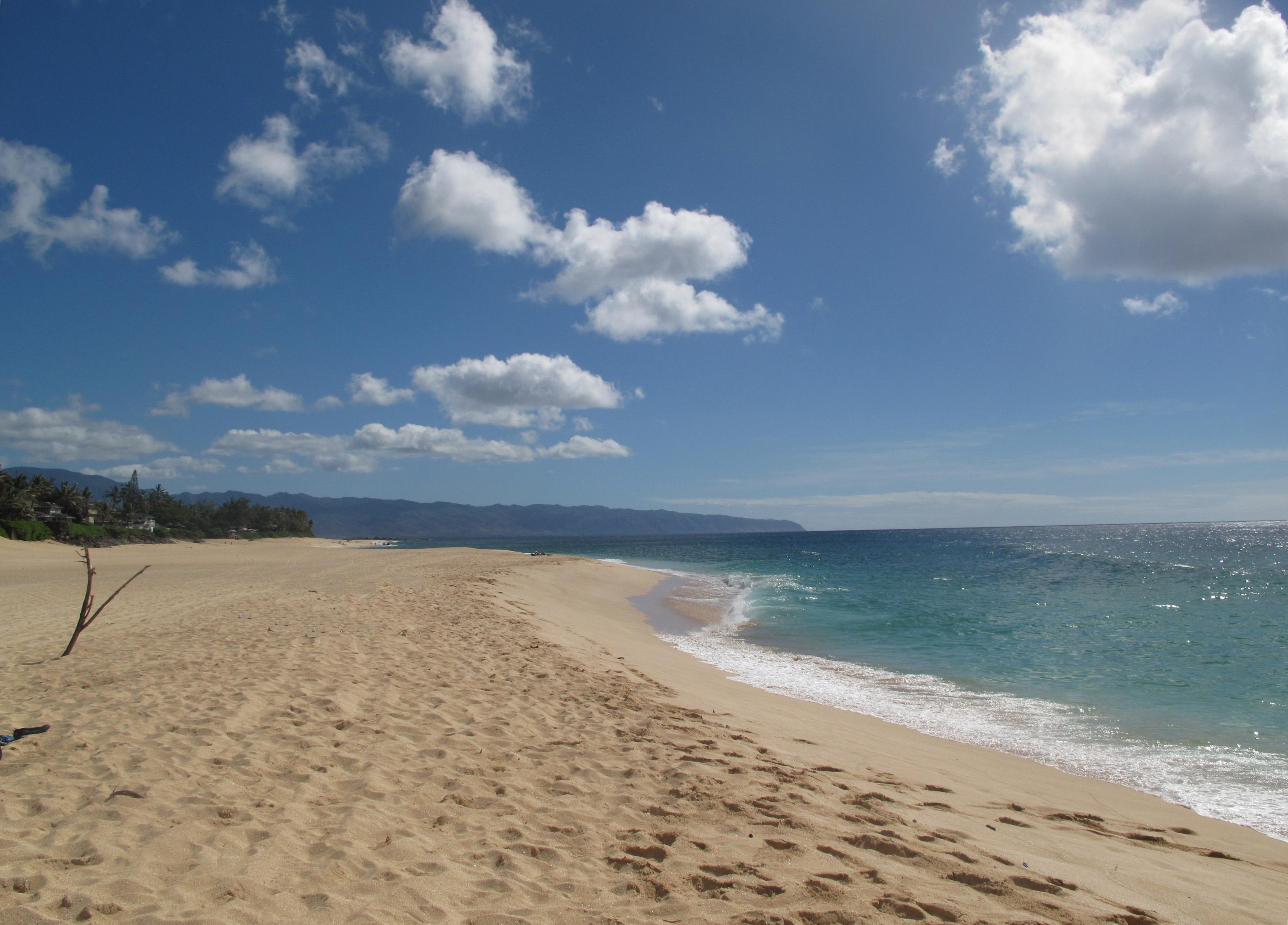 Empty Beach-Northern Oahu | Adifferentstep's Blog