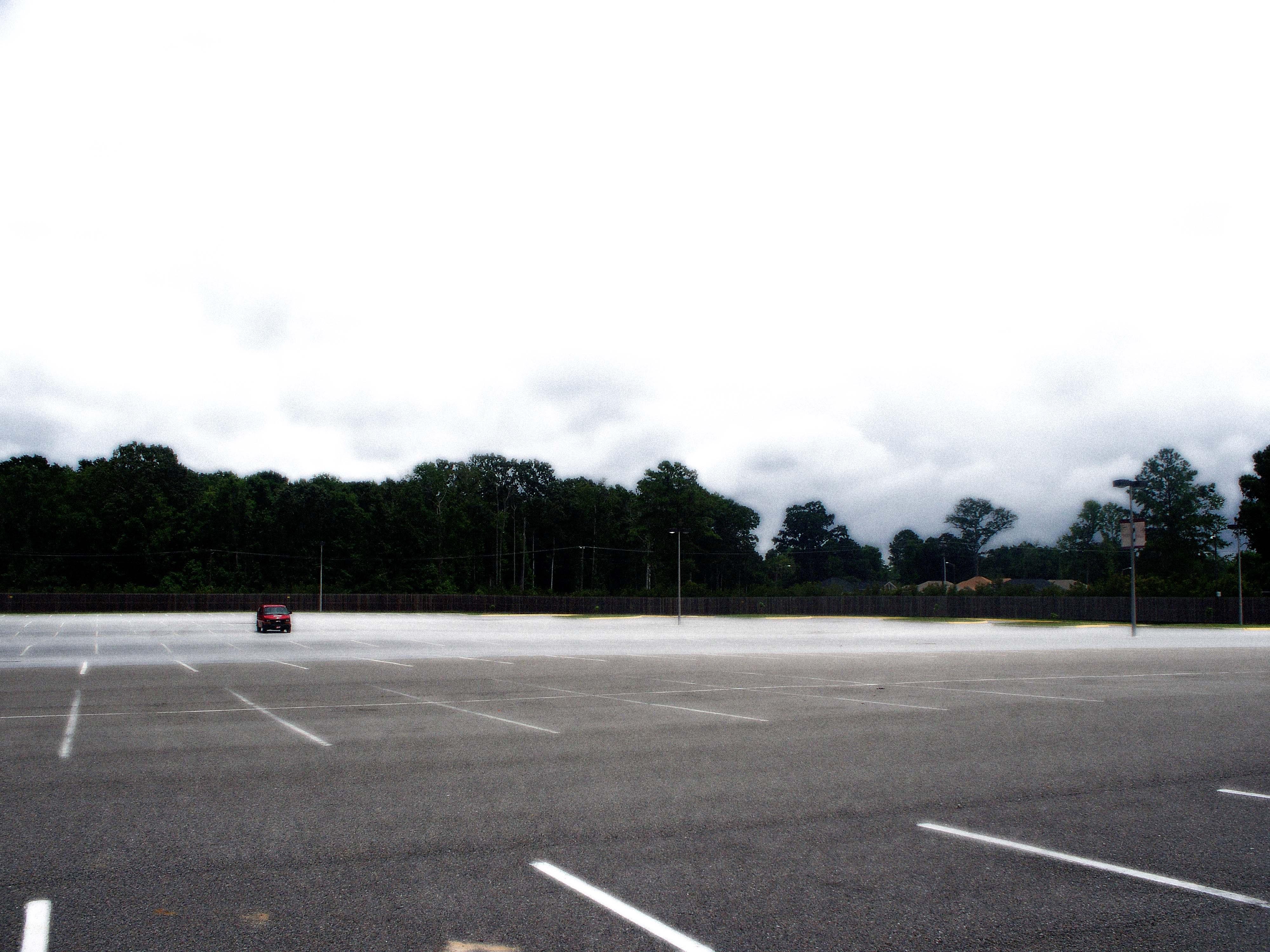 File:Parkinglot empty.jpg - Wikimedia Commons