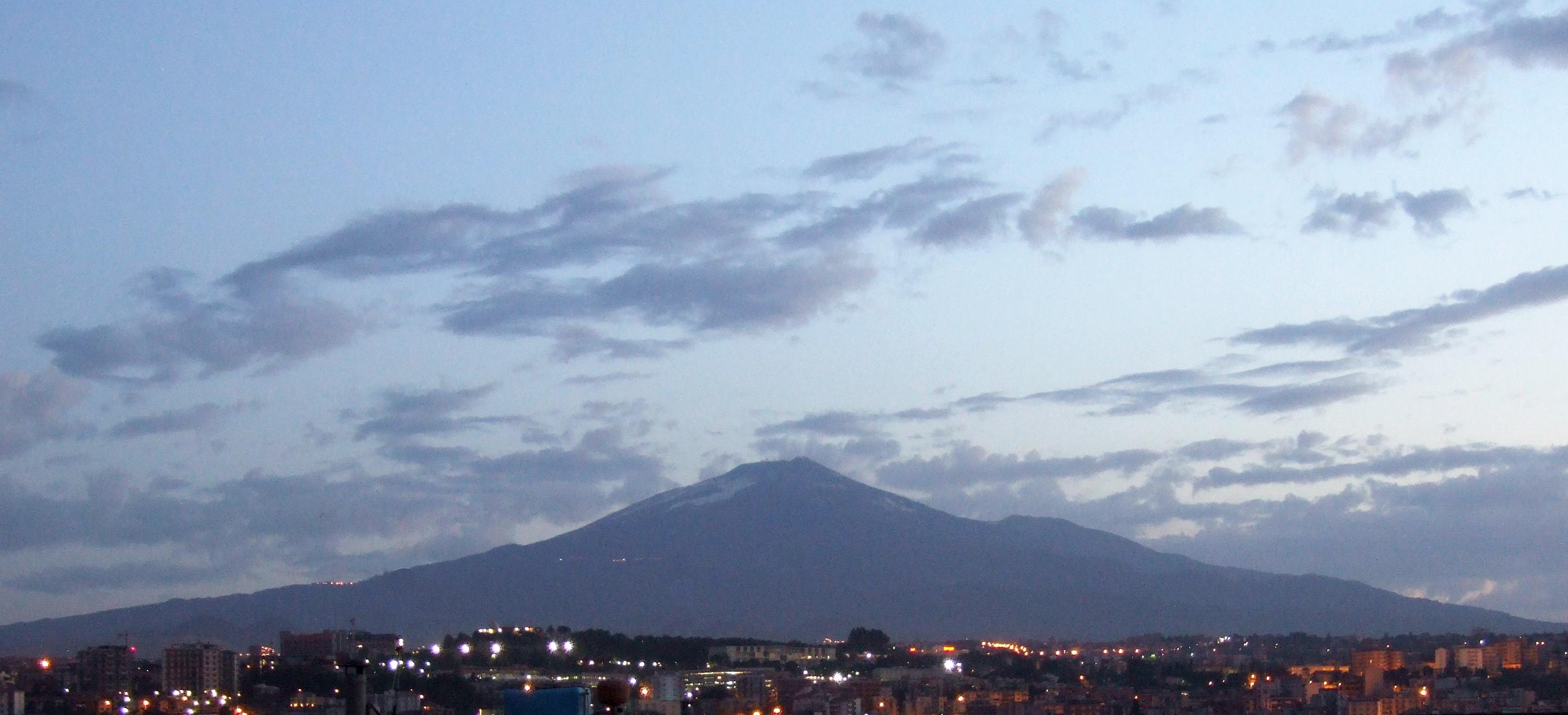 Etna at Dawn - Catania - Italy - Etna Volcano - Creative Commons by gnuckx, Photos, Photo, Panoramio, Pic, HQ Photo