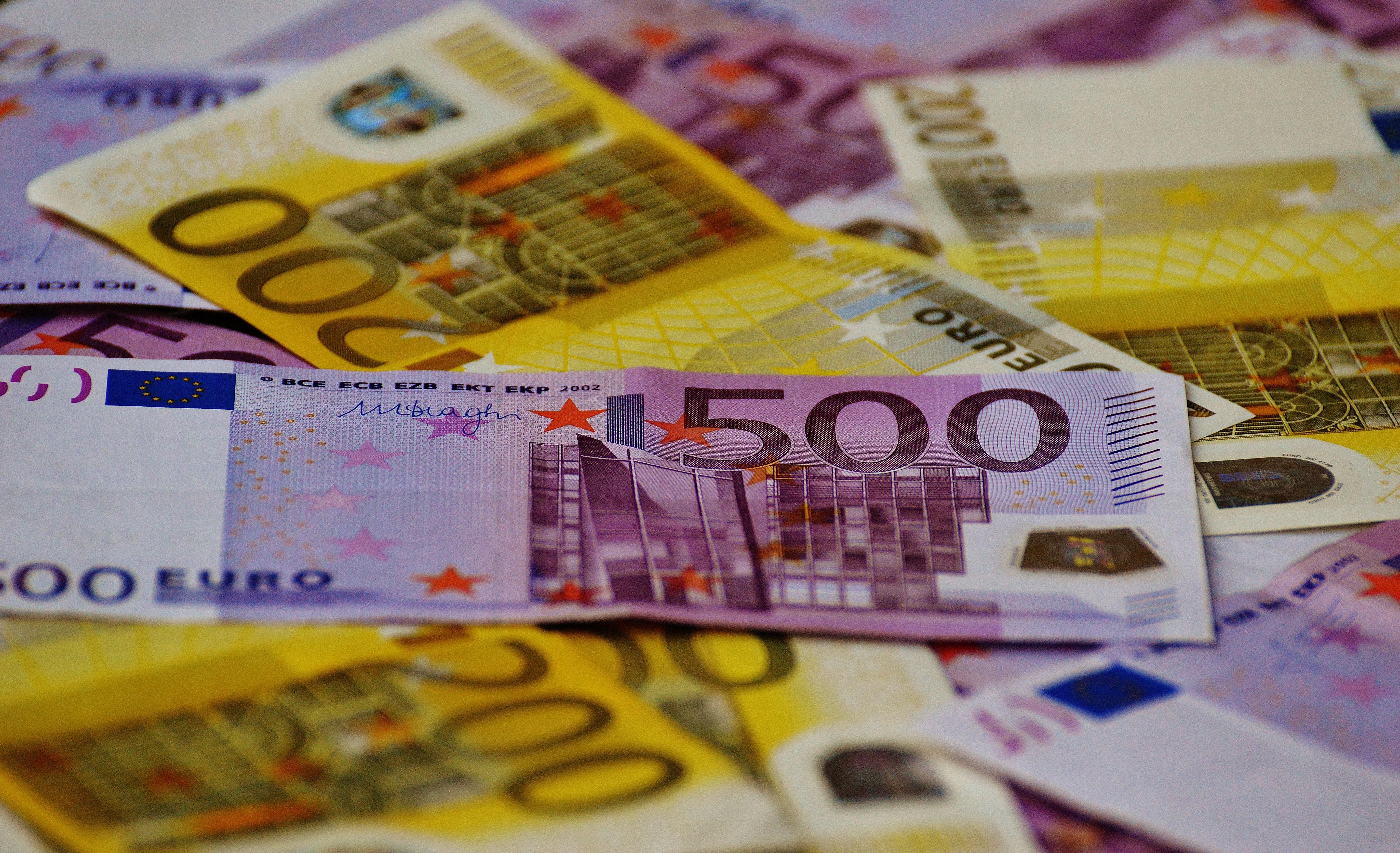 Euro, Bank notes, Bills, Blur, Cash, HQ Photo