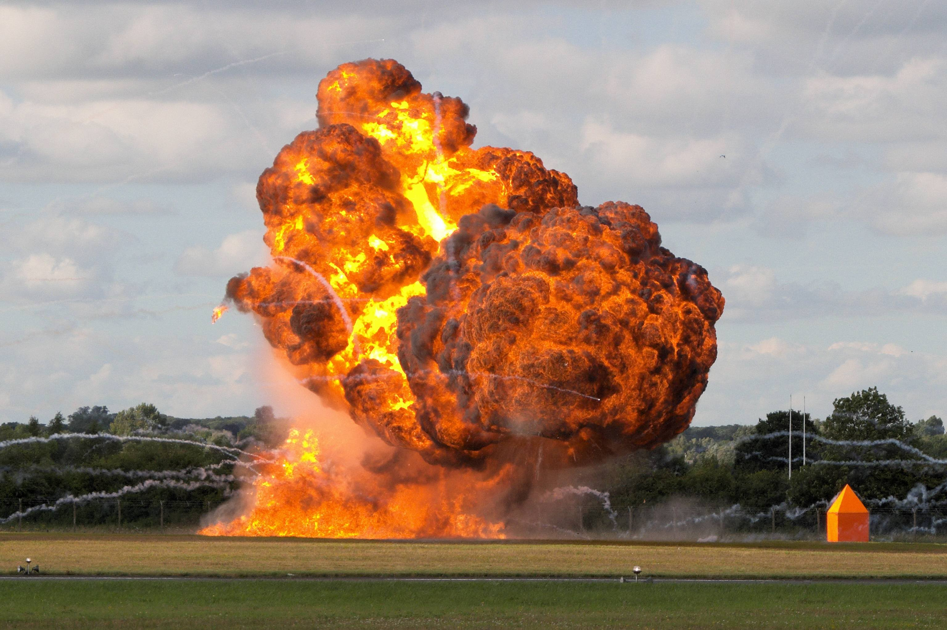 BIGGEST Explosion Compilation 2015 - BEST EXPLOSIONS EVER ! - YouTube