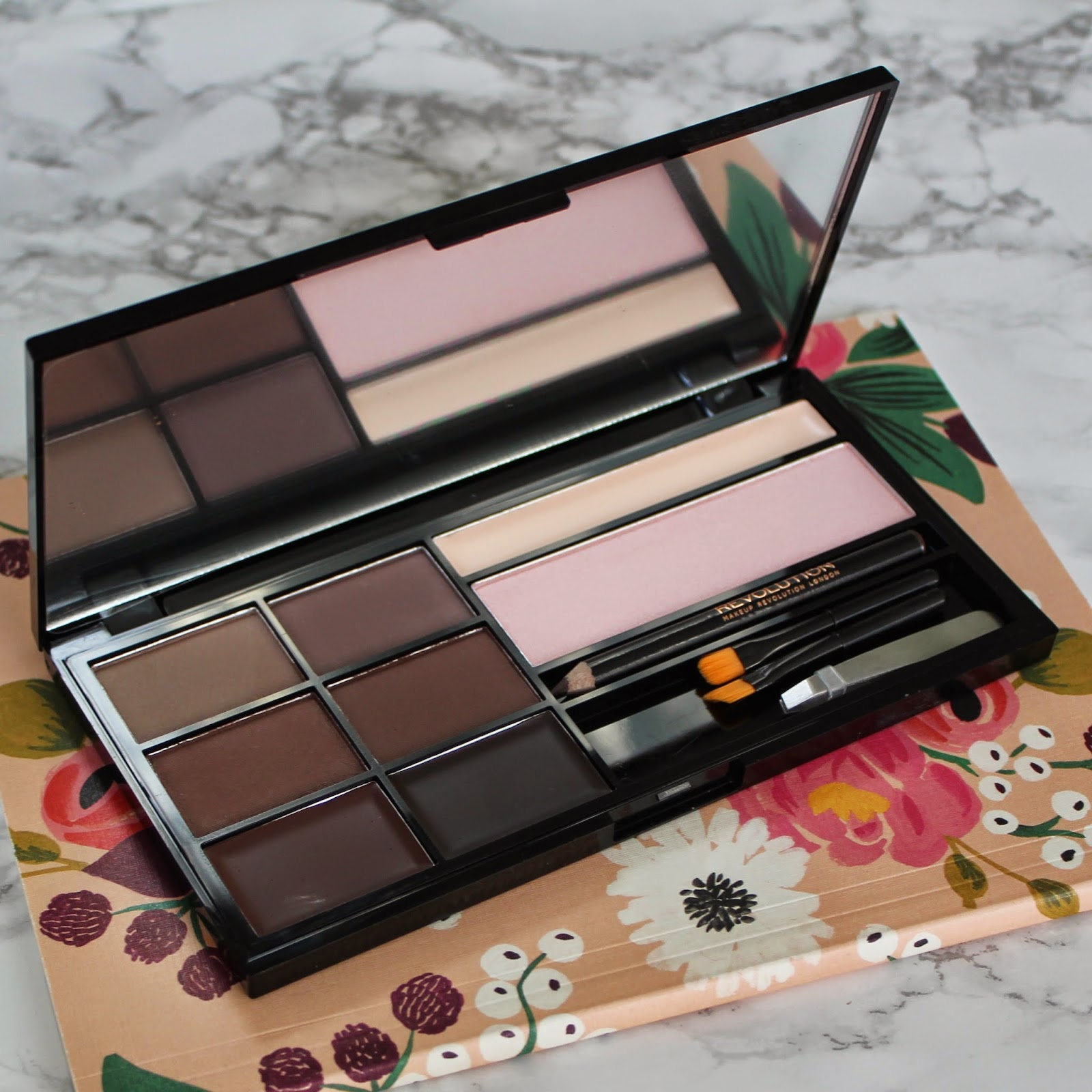Makeup Revolution Ultra Brow palette in medium to dark - review and ...