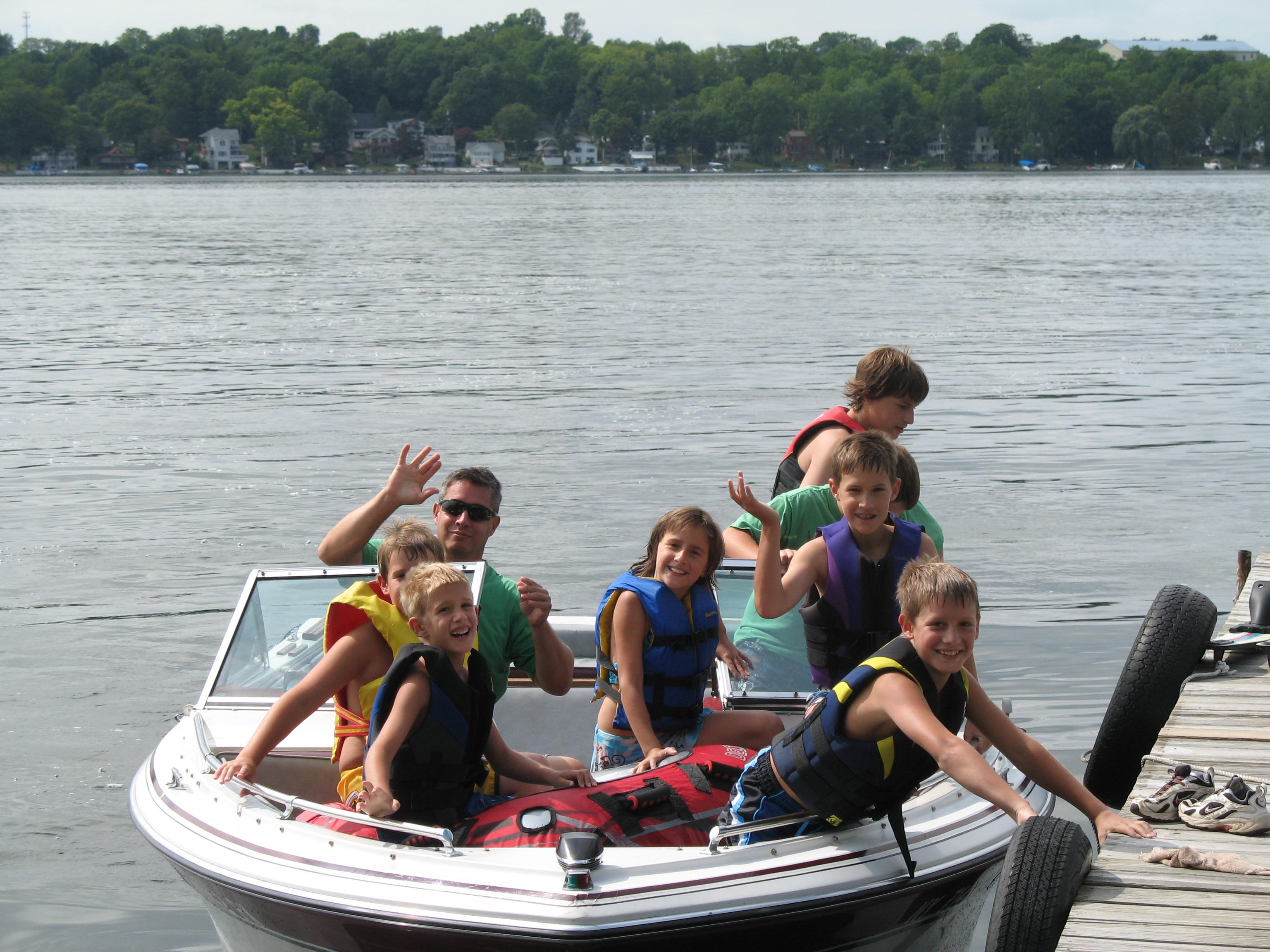 Family boating photo