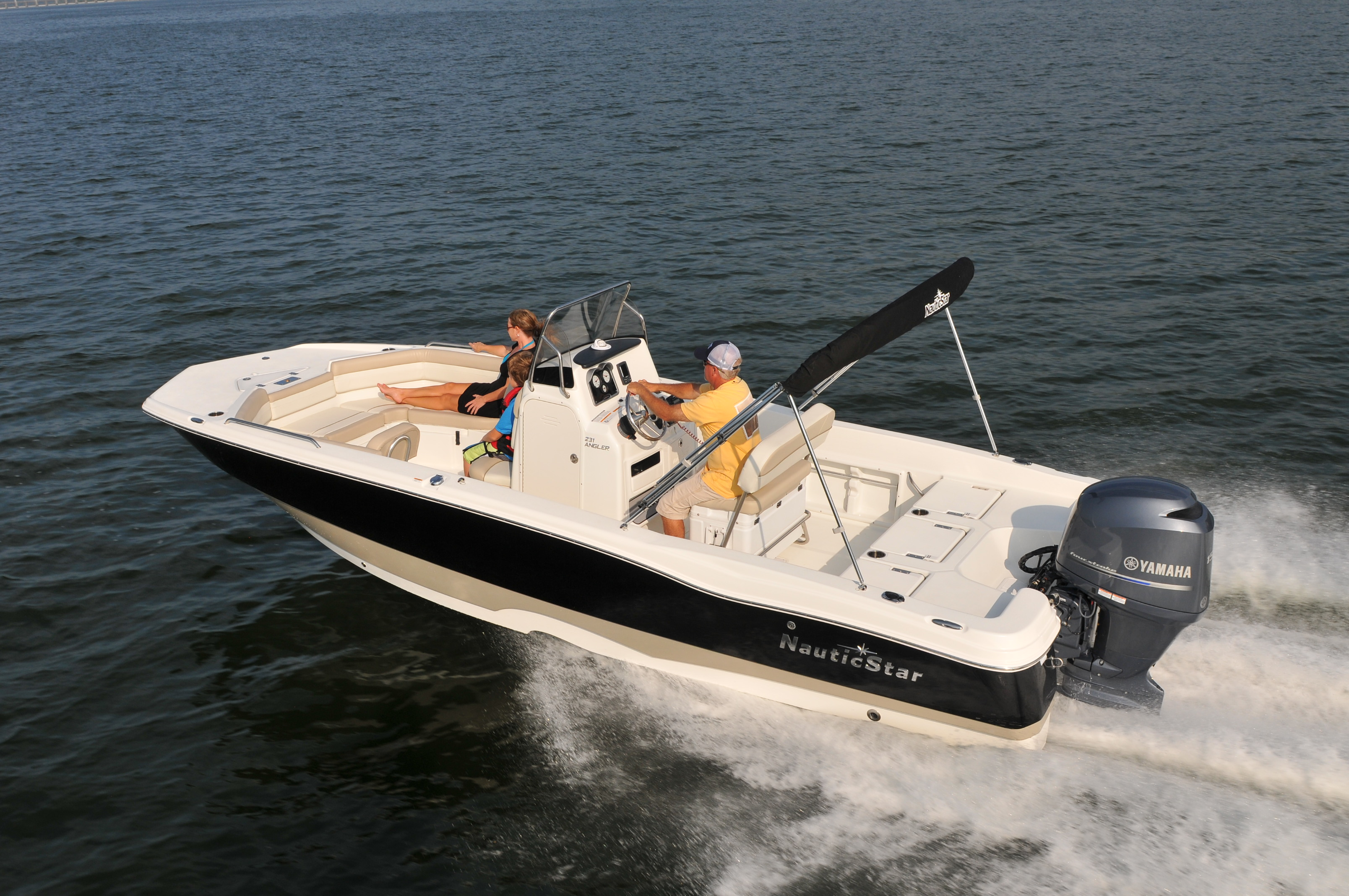 NauticStar 231 Series Merges Family Pleasure Boating with Serious ...