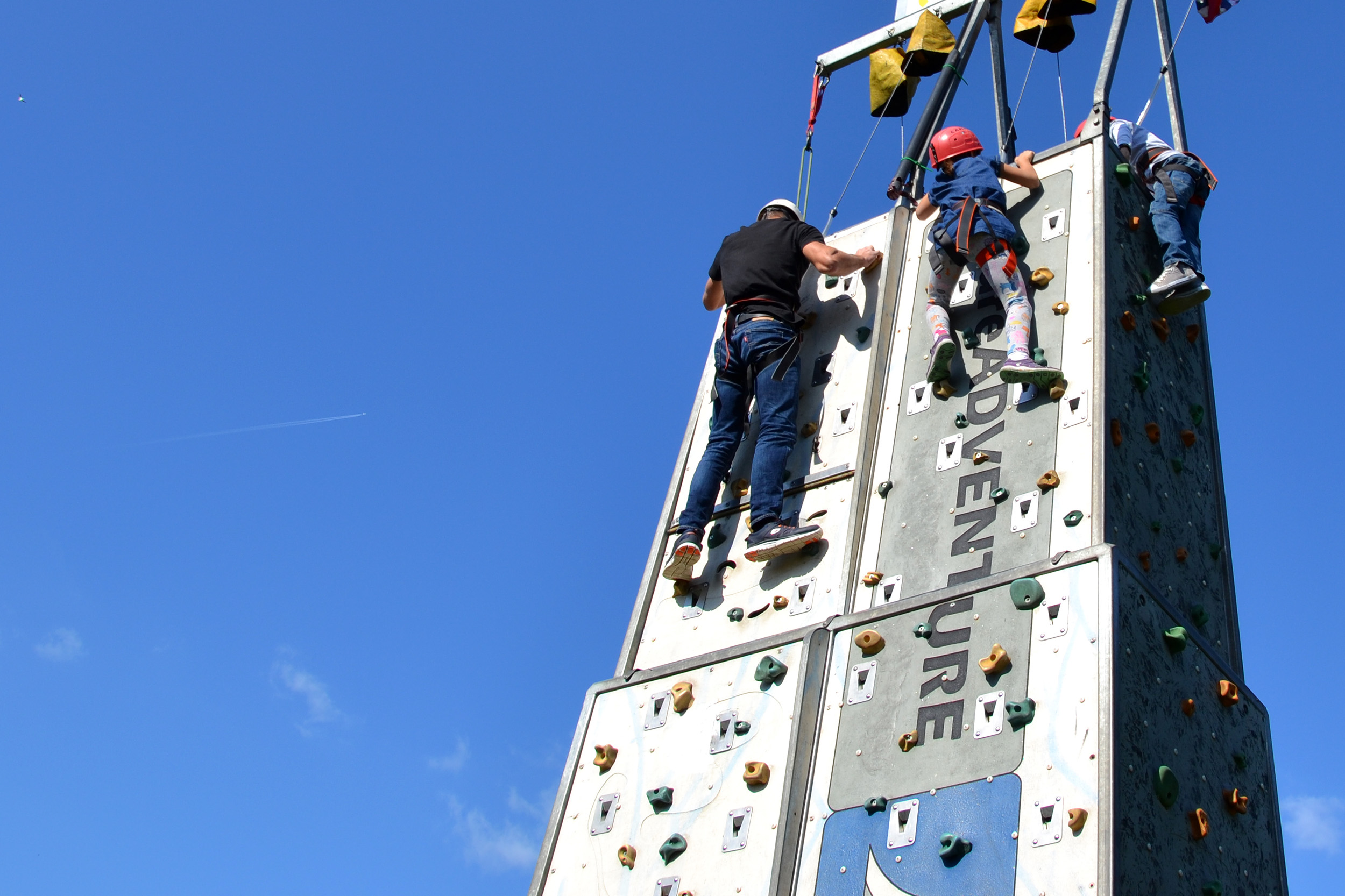Family climbing, Action, Practicing, Height, Helmet, HQ Photo