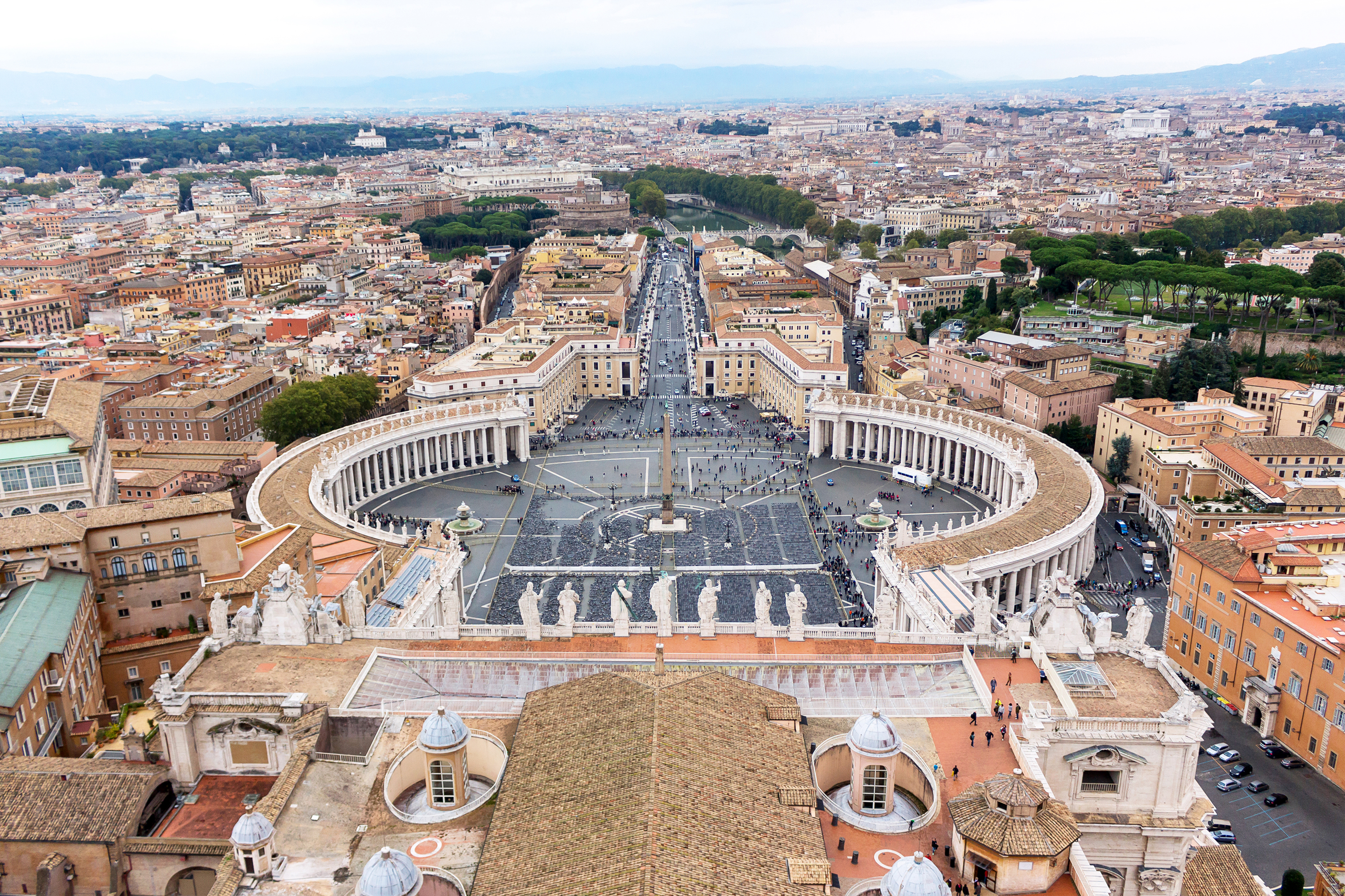 Famous saint peter square in vatican photo