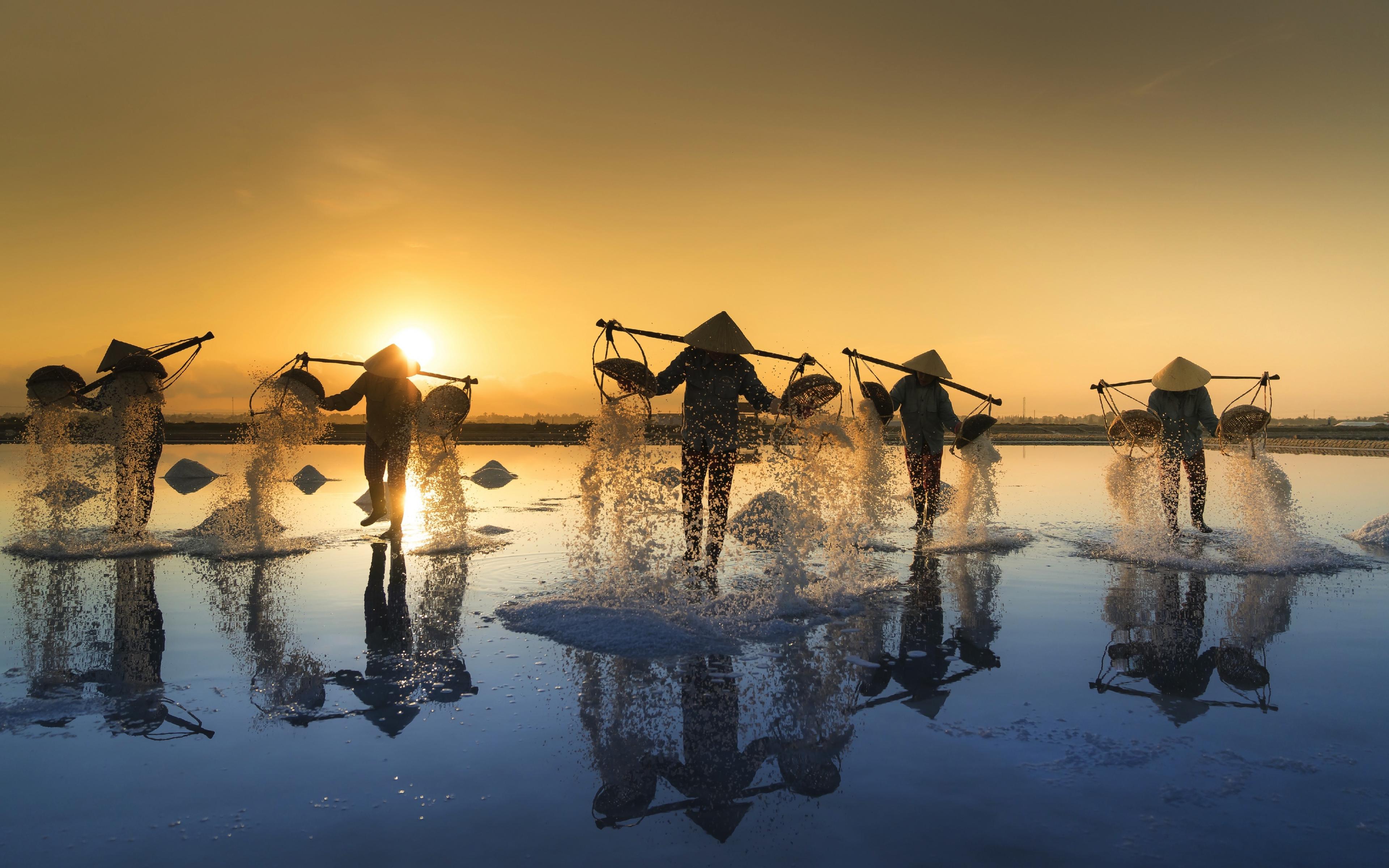 Download 3840x2400 wallpaper salt farm, landscape, reflections ...
