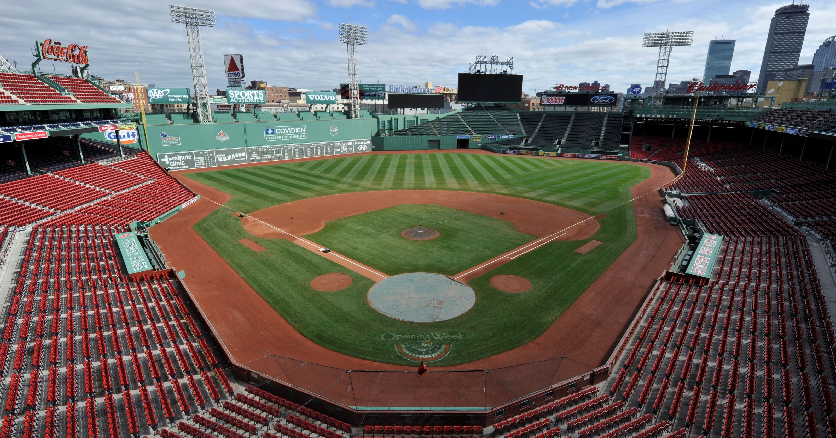 Red Sox's record sellout streak ends