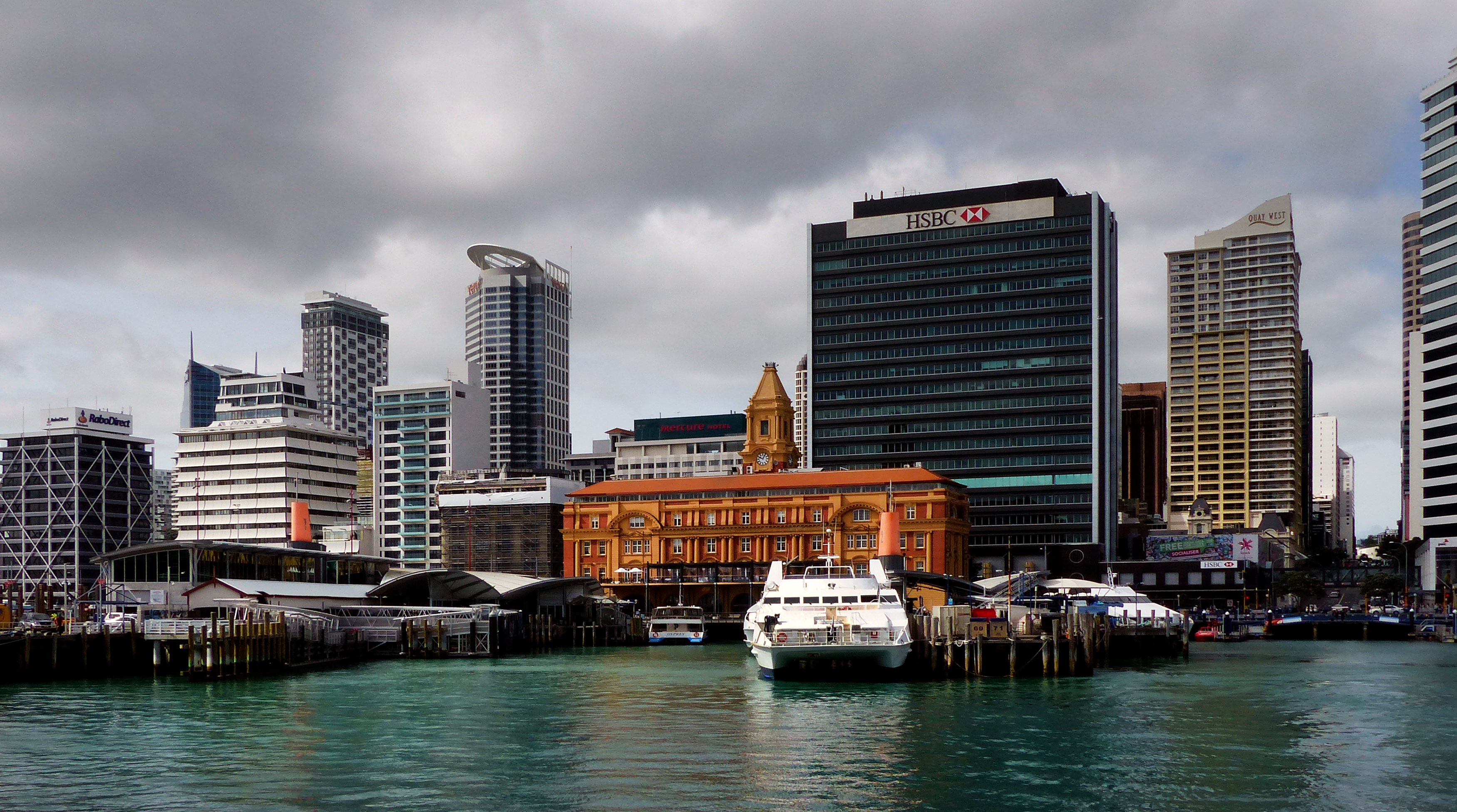 Ferry building and terminal.auckland. photo