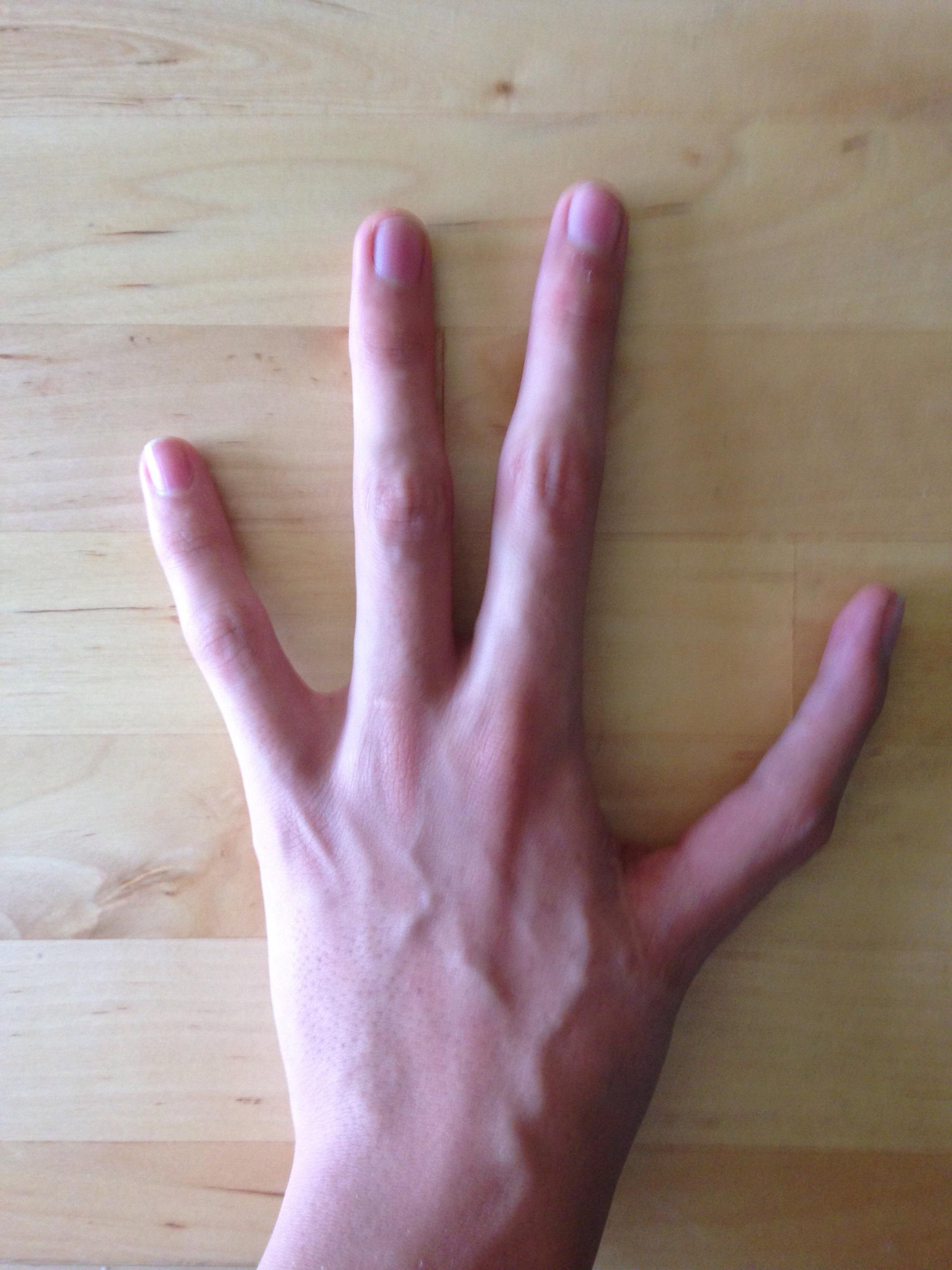 Left index finger photo