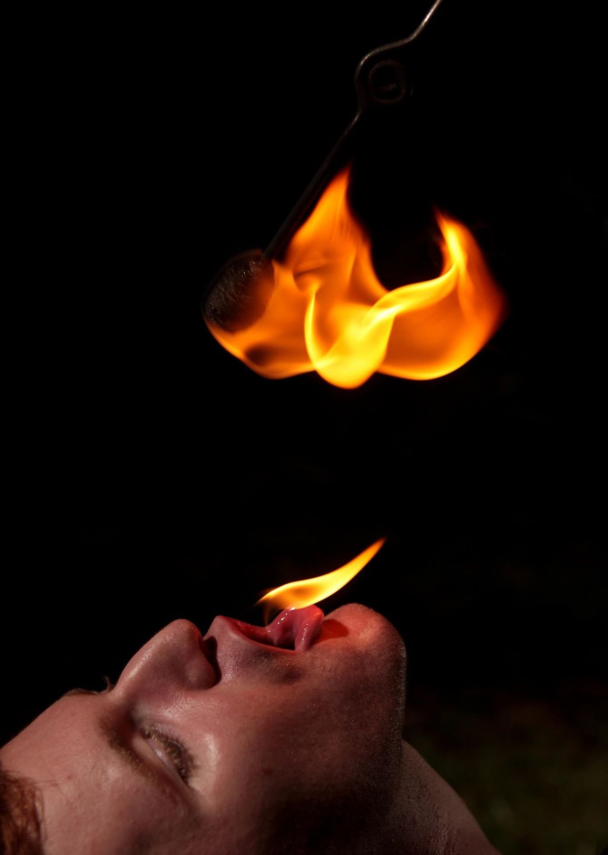Fire eating - Wikipedia