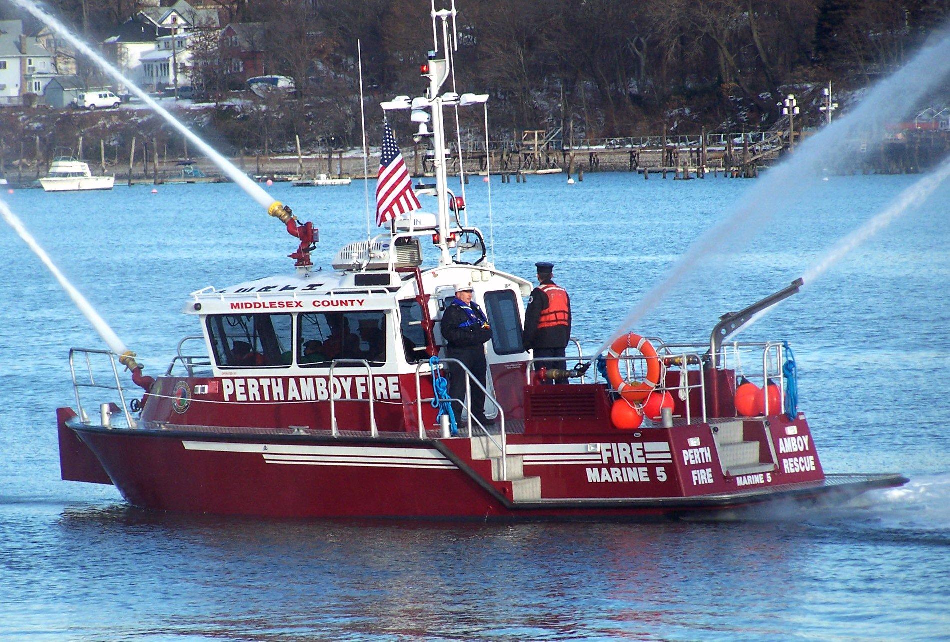 Marine 5 - Fireboat