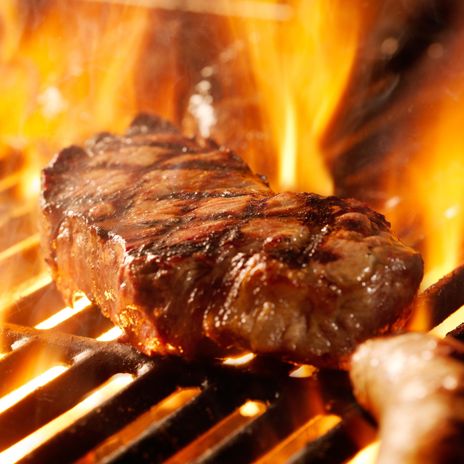 Fire to barbecue photo