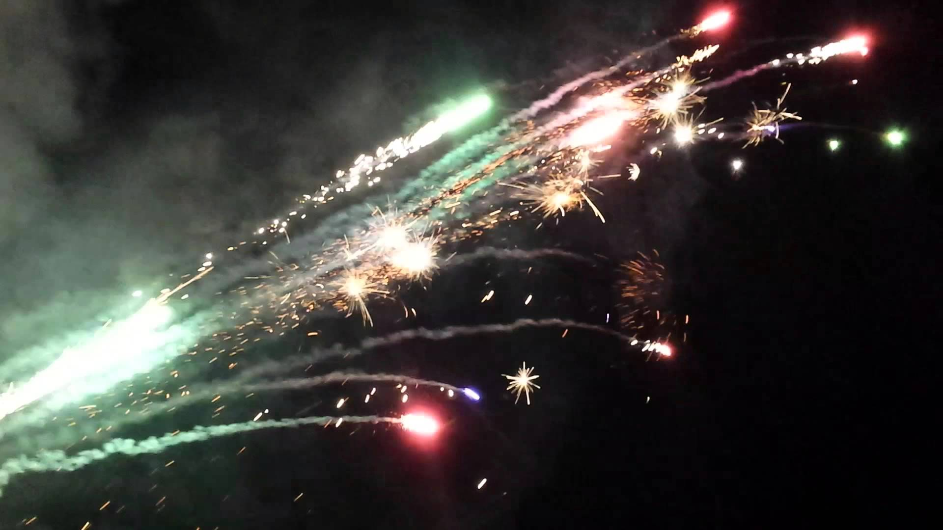 Roman Candle Cannon - YouTube