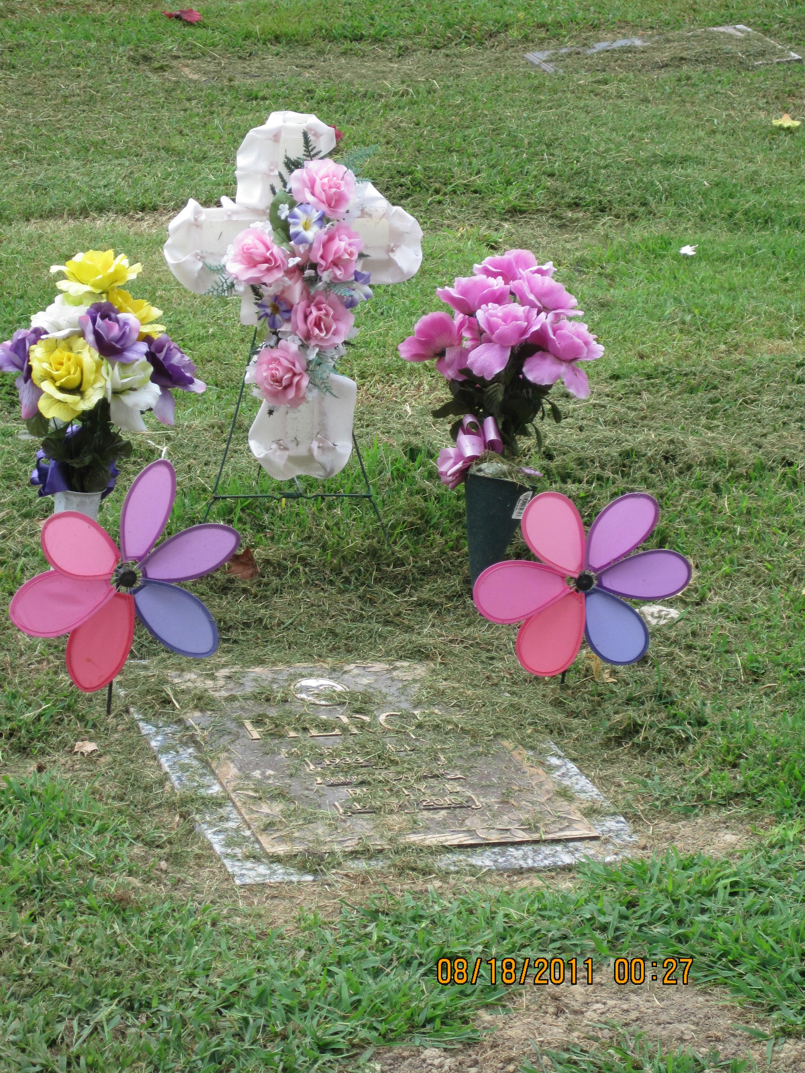 No Fake Flowers In Cemeteries? « Gravewords