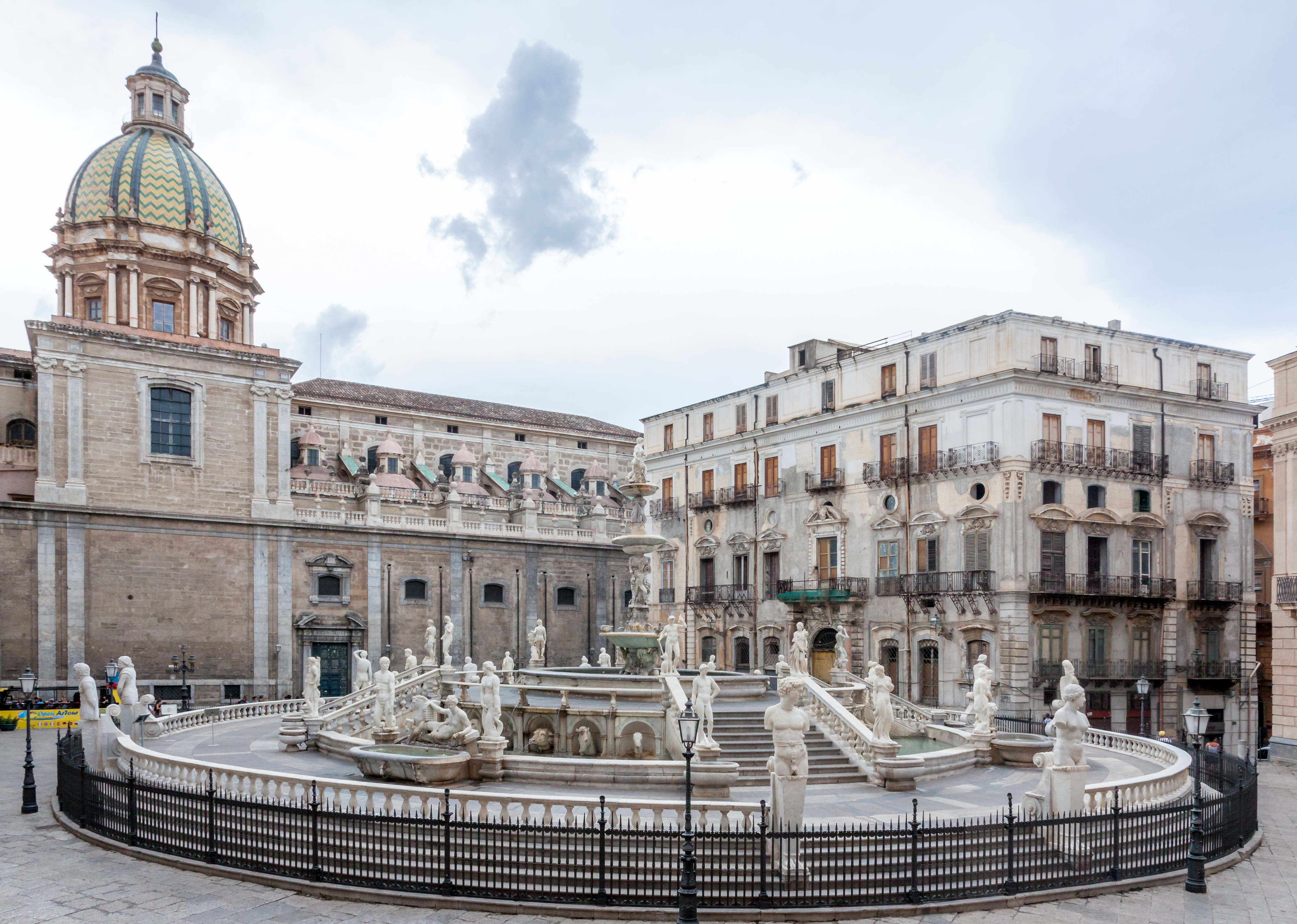 File:Fontana pretoria (Palermo) msu2017-0515.jpg - Wikimedia Commons