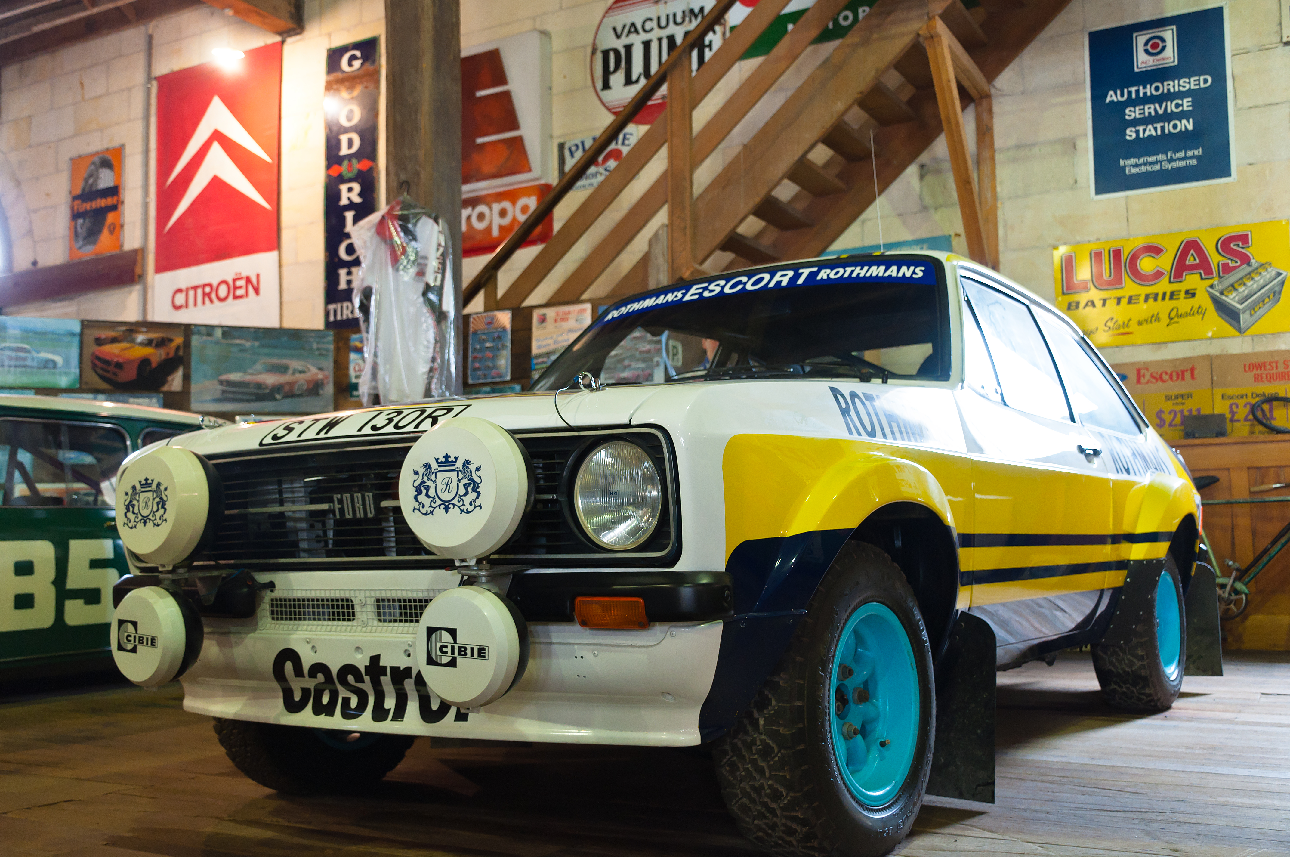 Ford escort rs 1800 photo