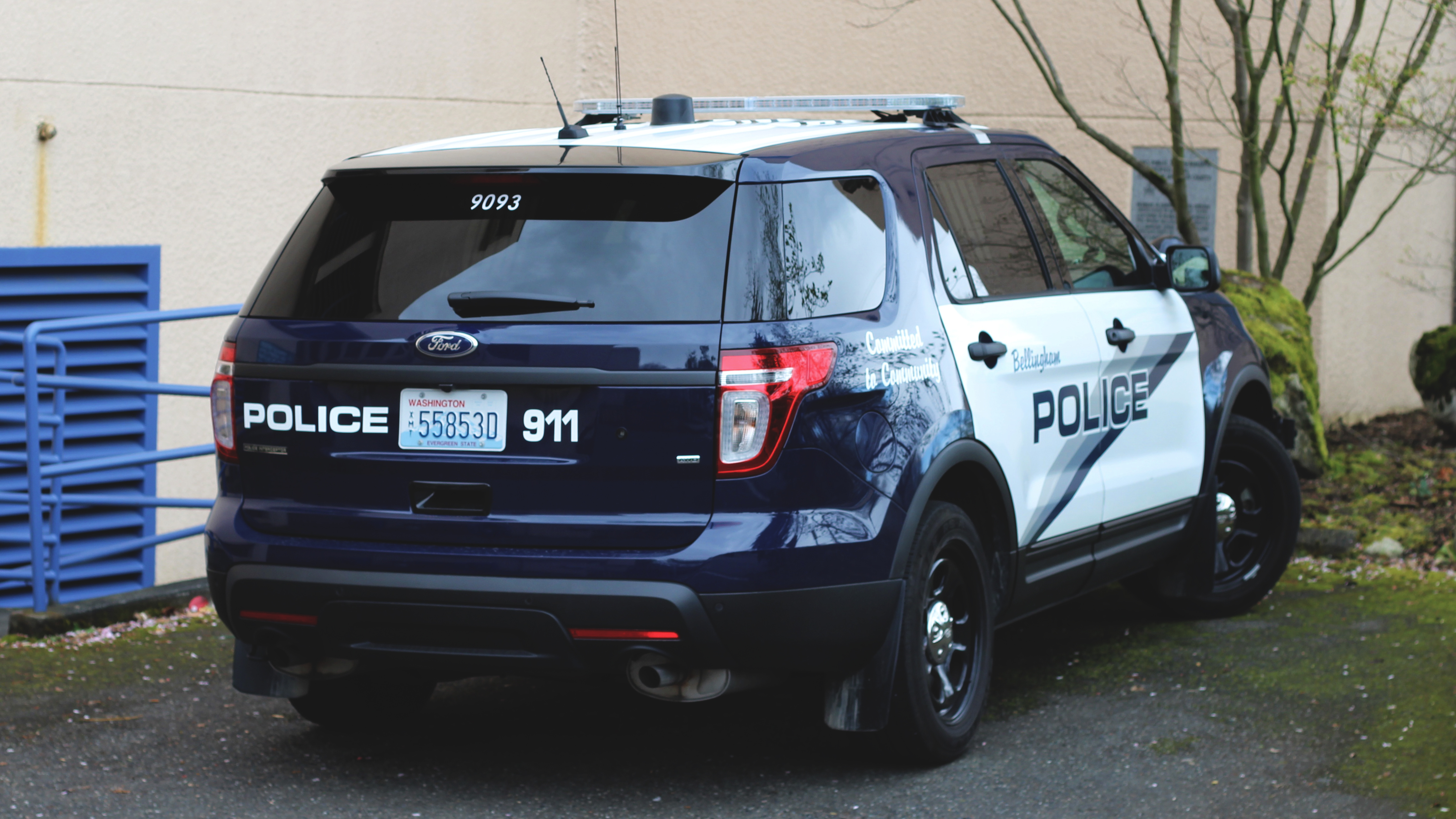 Ford police utility: bellingham police (9093) photo