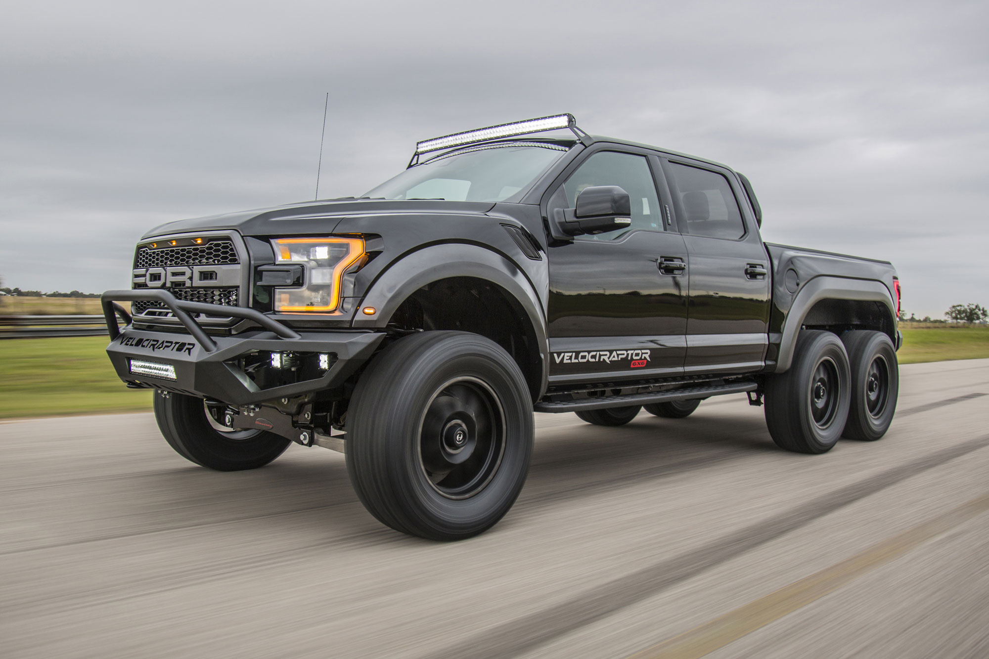6x6 Ford Truck Is 'Aggression on Wheels'