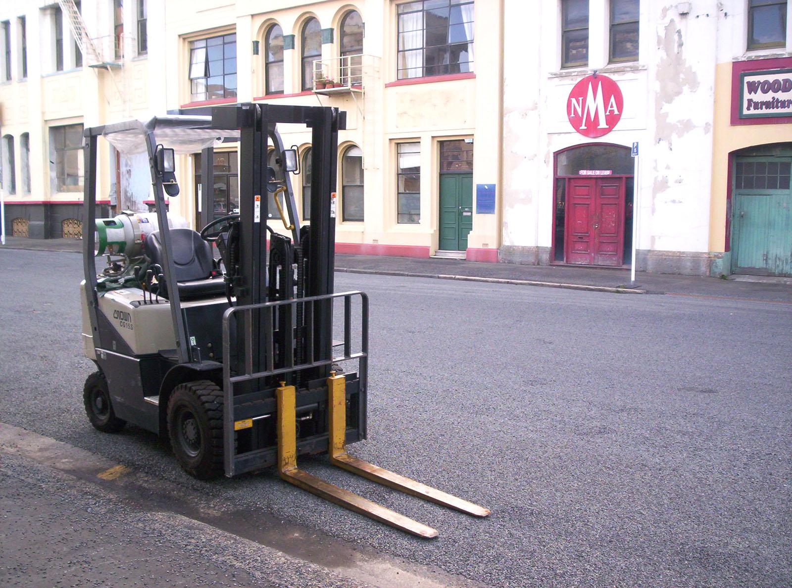 Forklift, Forklift