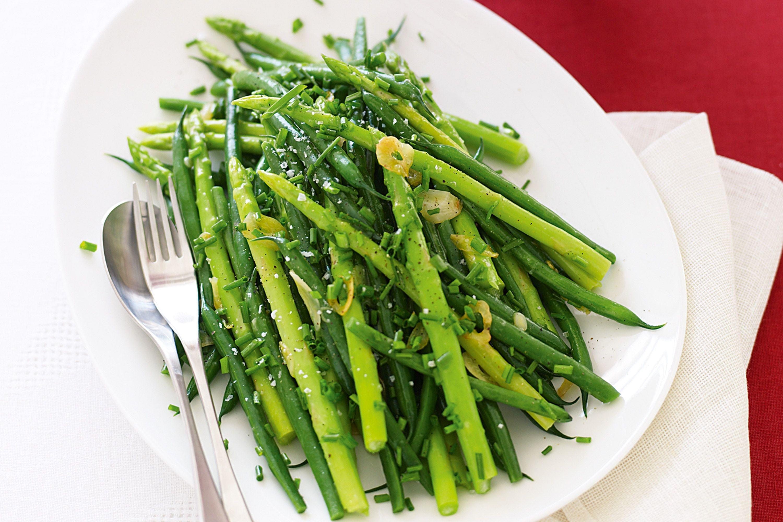 Fresh asparagus dish photo