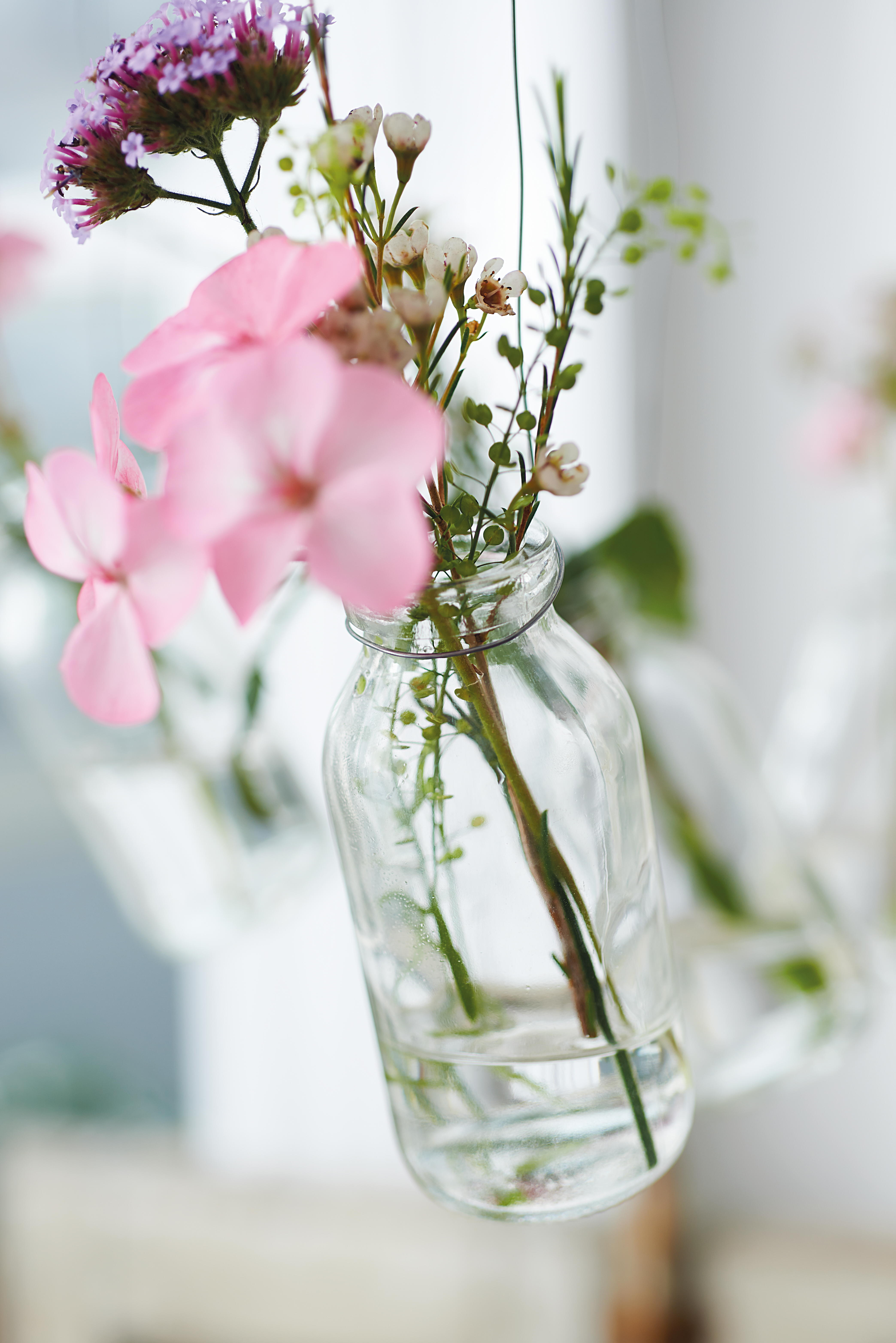 Bibelot » Fresh Flower Chandelier Tutorial by Clare Youngs