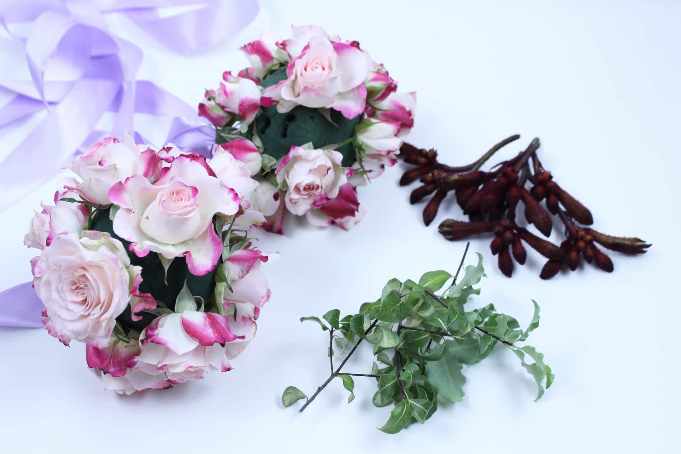 How to make flower balls with fresh flowers - The Smell of Roses The ...