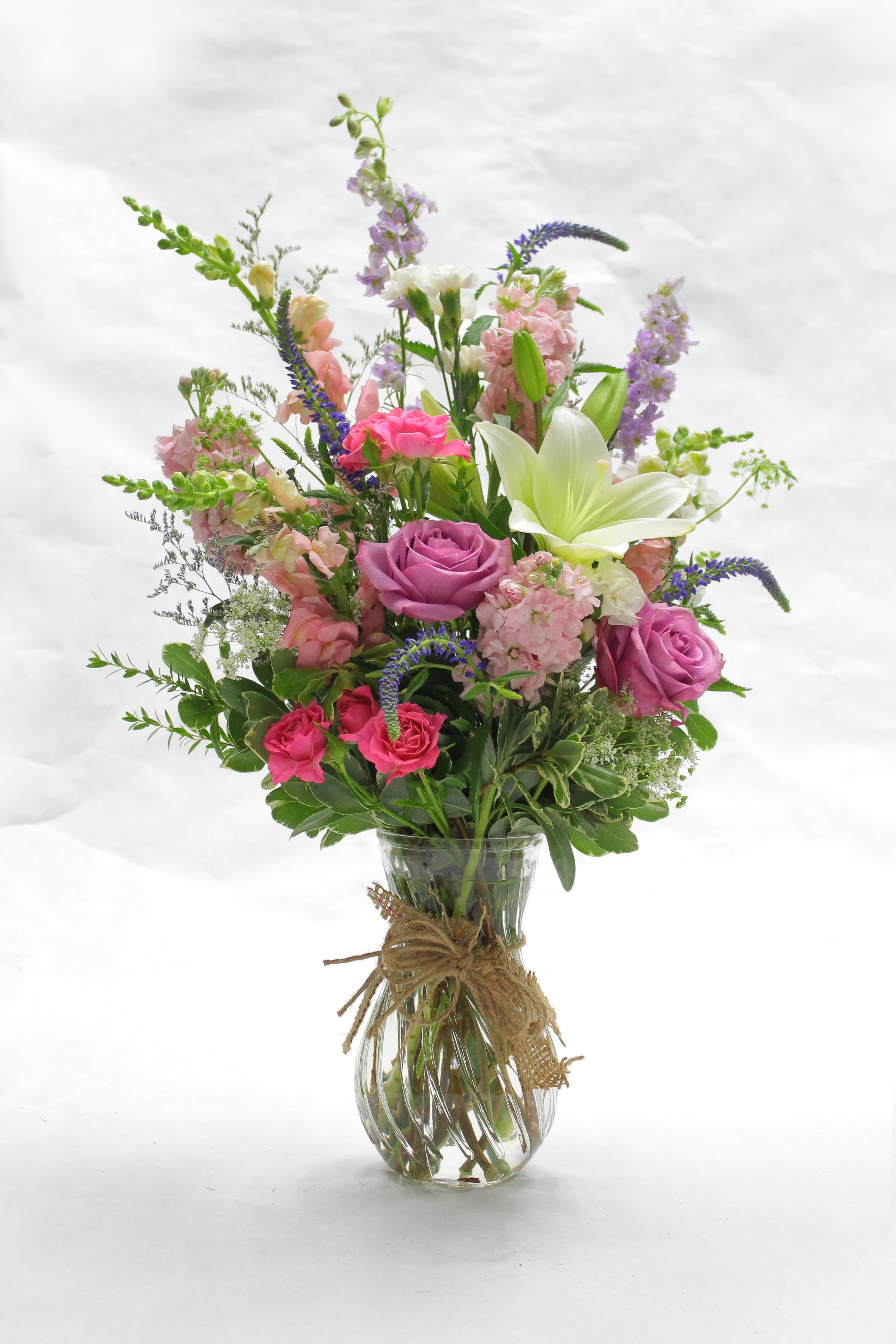 Victorian Vase in Modesto, CA | Fresh Ideas Flower Co