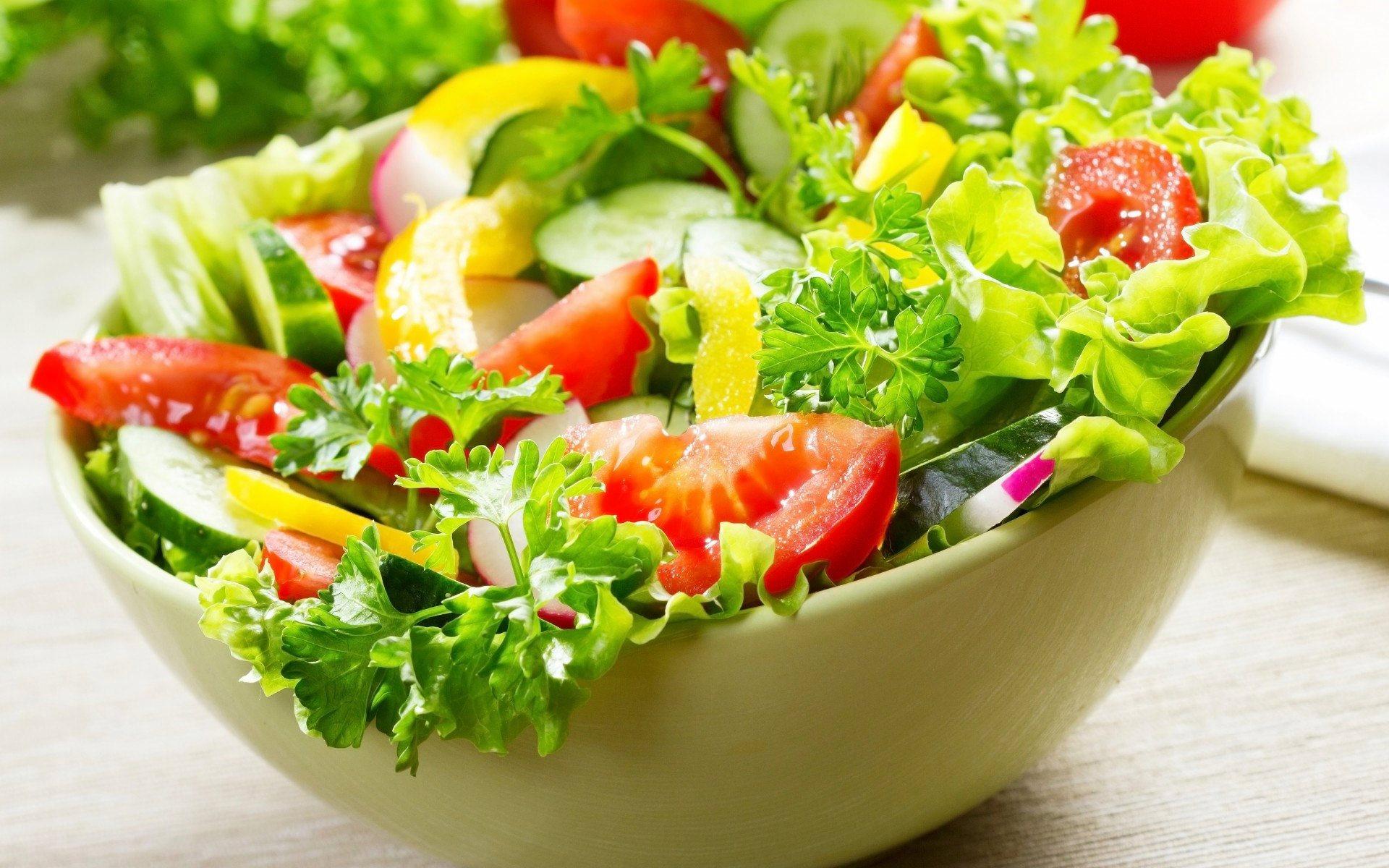 Fresh Green Salad | Bombay Indian Restaurant