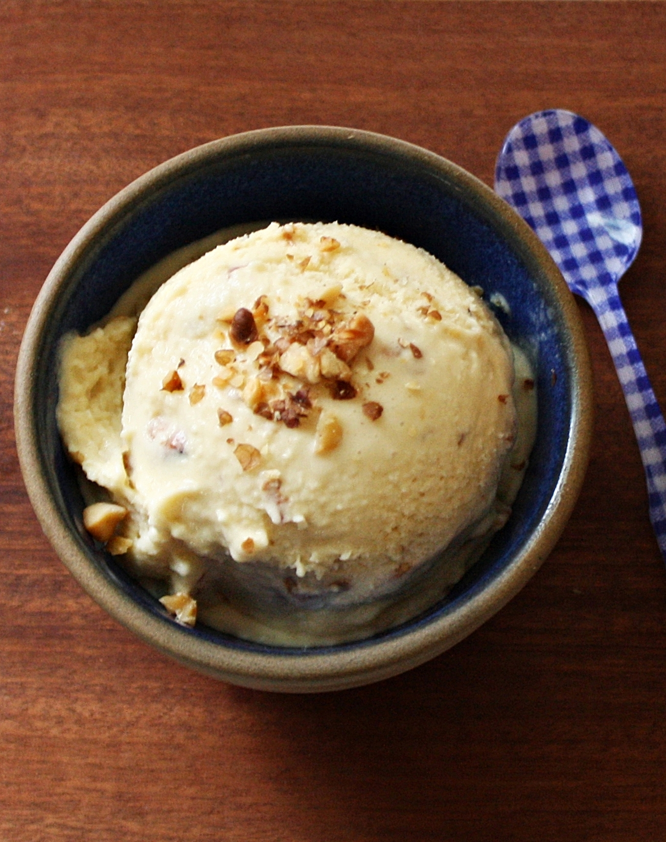 Homemade Maple Walnut Ice Cream Recipe - Yankee Magazine