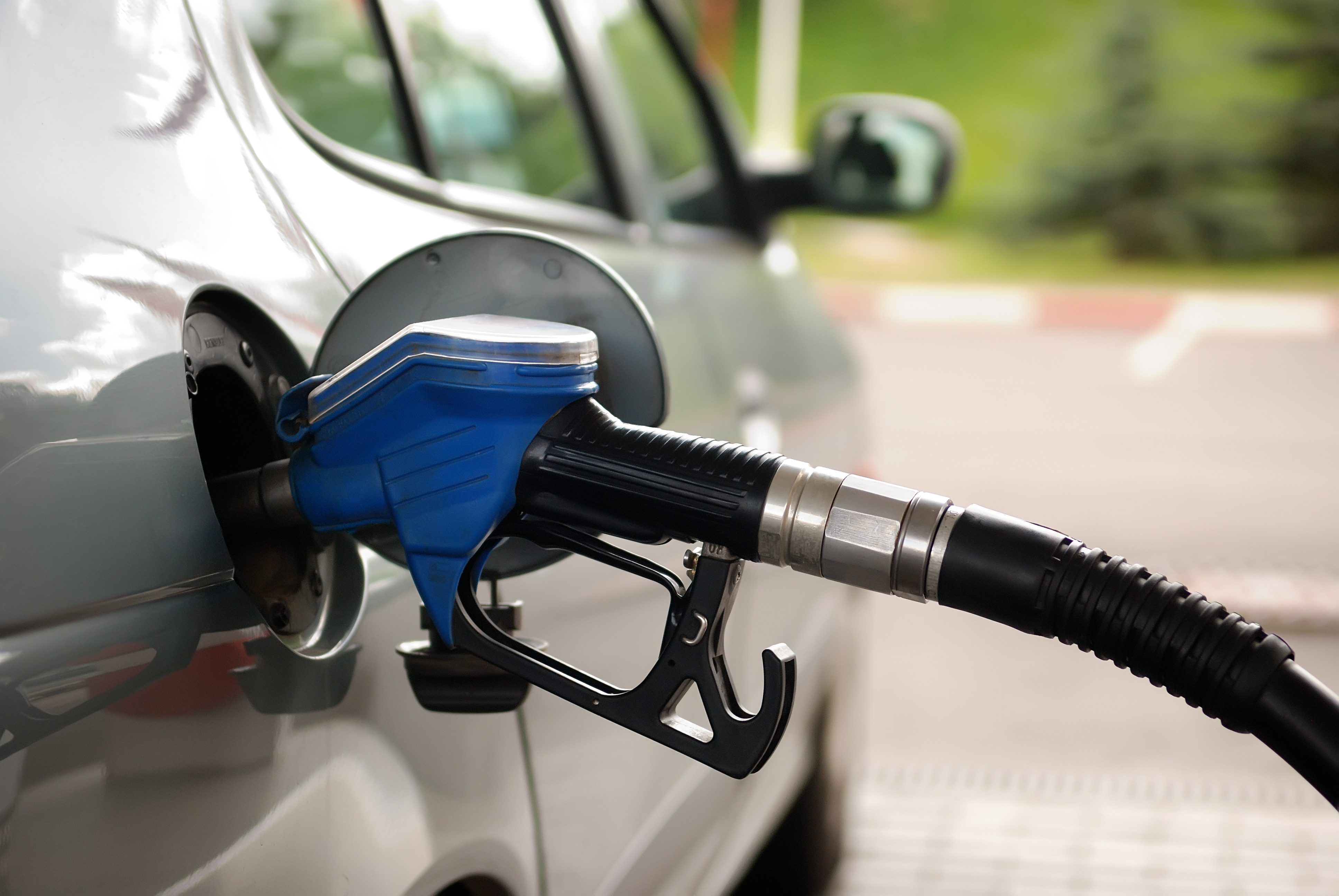Don't Be Fooled! Five Fuel Economy Myths to Avoid - Ownerbusiness ...