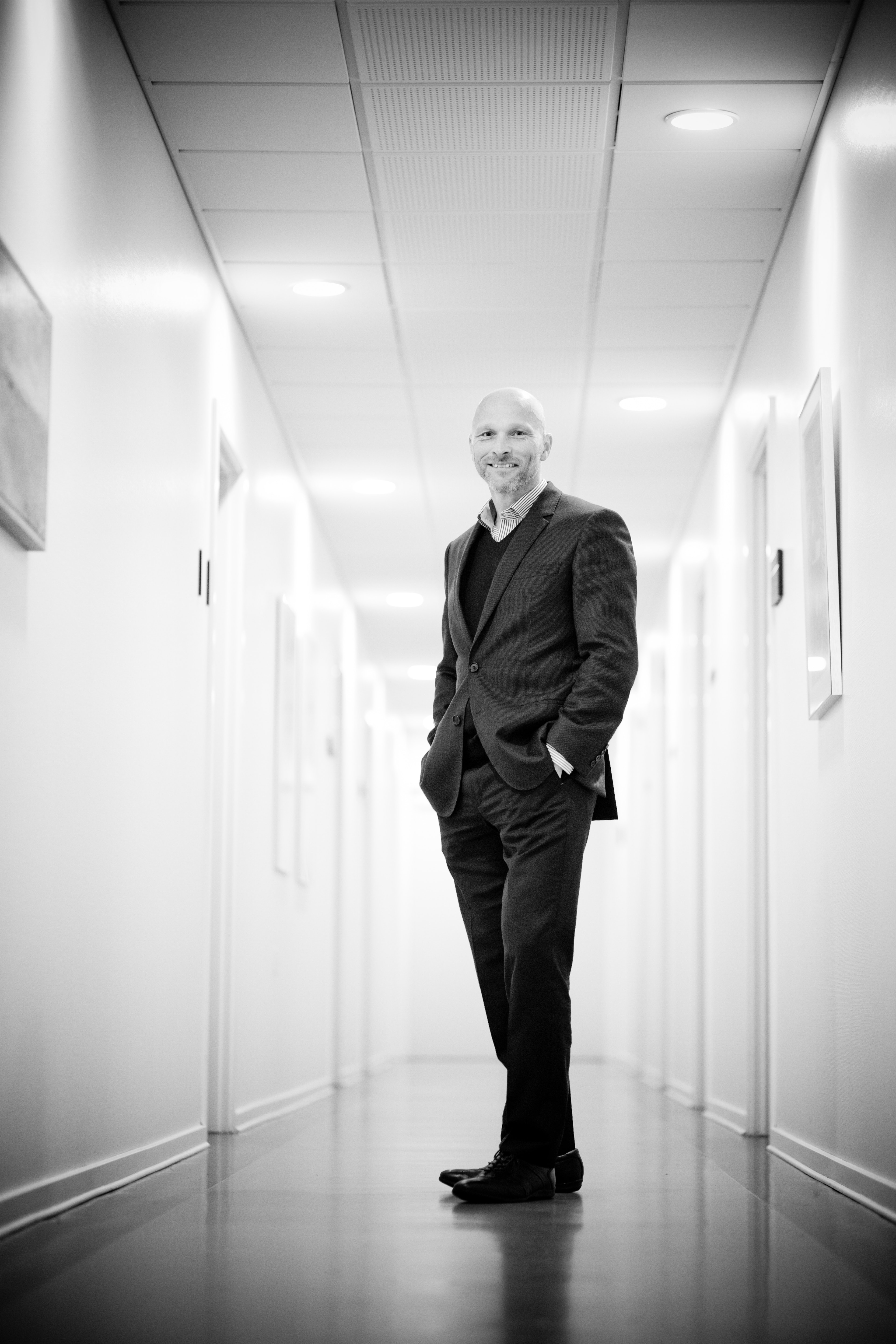 Full Length Portrait of Man Standing in Corridor, Accountant, Light, Suit, Pose, HQ Photo