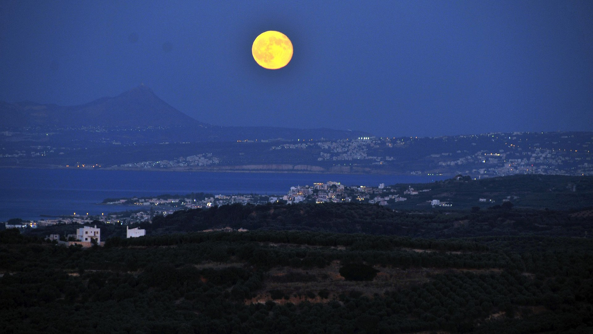 The August 2014 Full Moon | Polemarchi, Chania – Crete, Greece