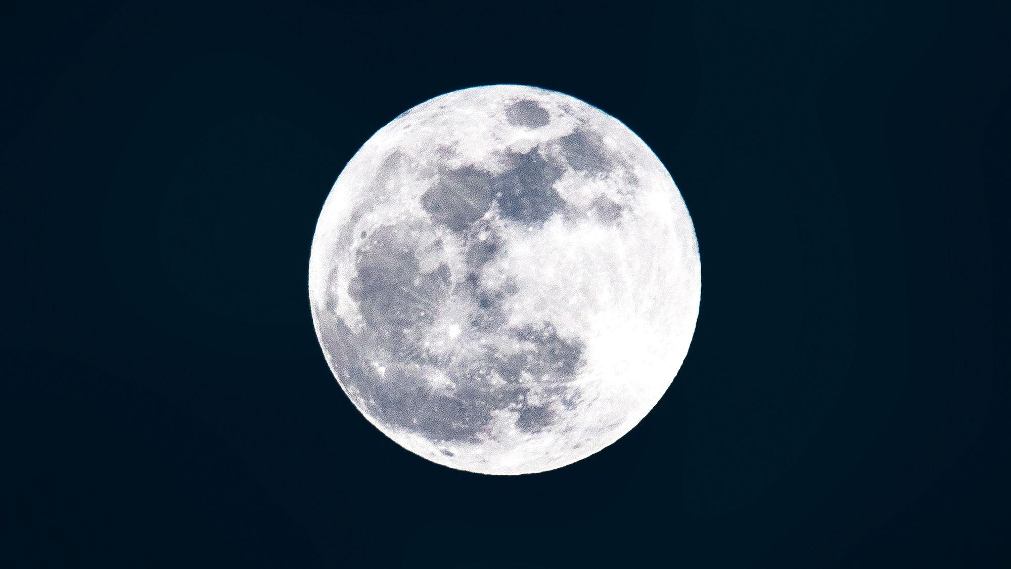 How To Watch November Full Beaver Moon Supermoon 2017