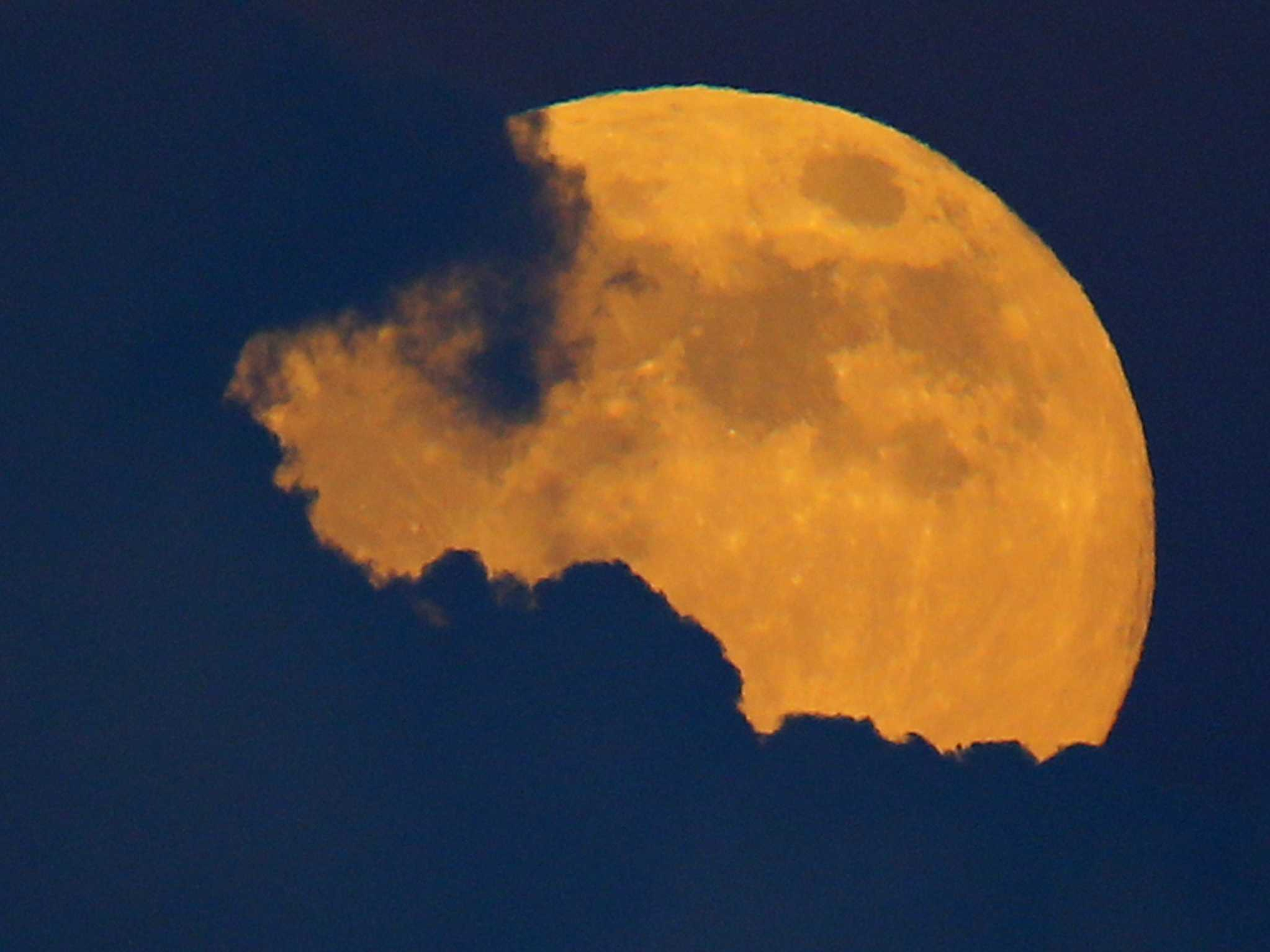 Why full moons have so many different names depending on the month ...