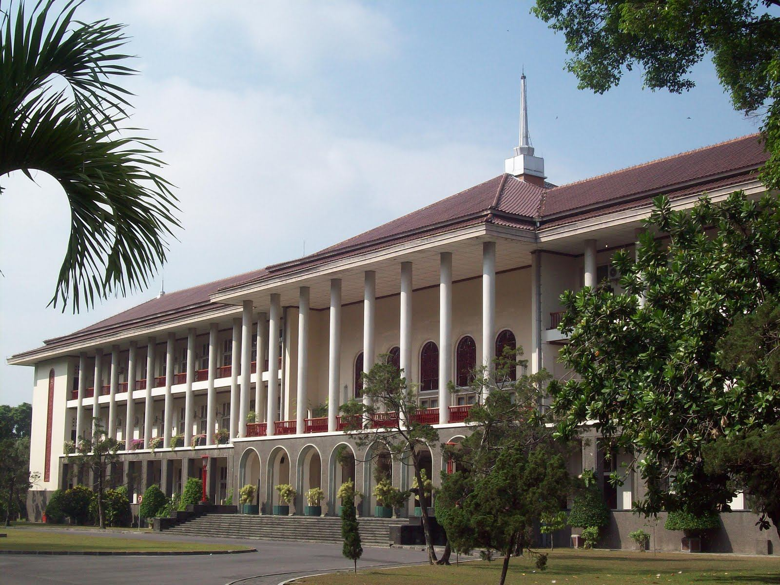 Indonesia: Gadjah Mada University Will Transform into A Green Campus ...