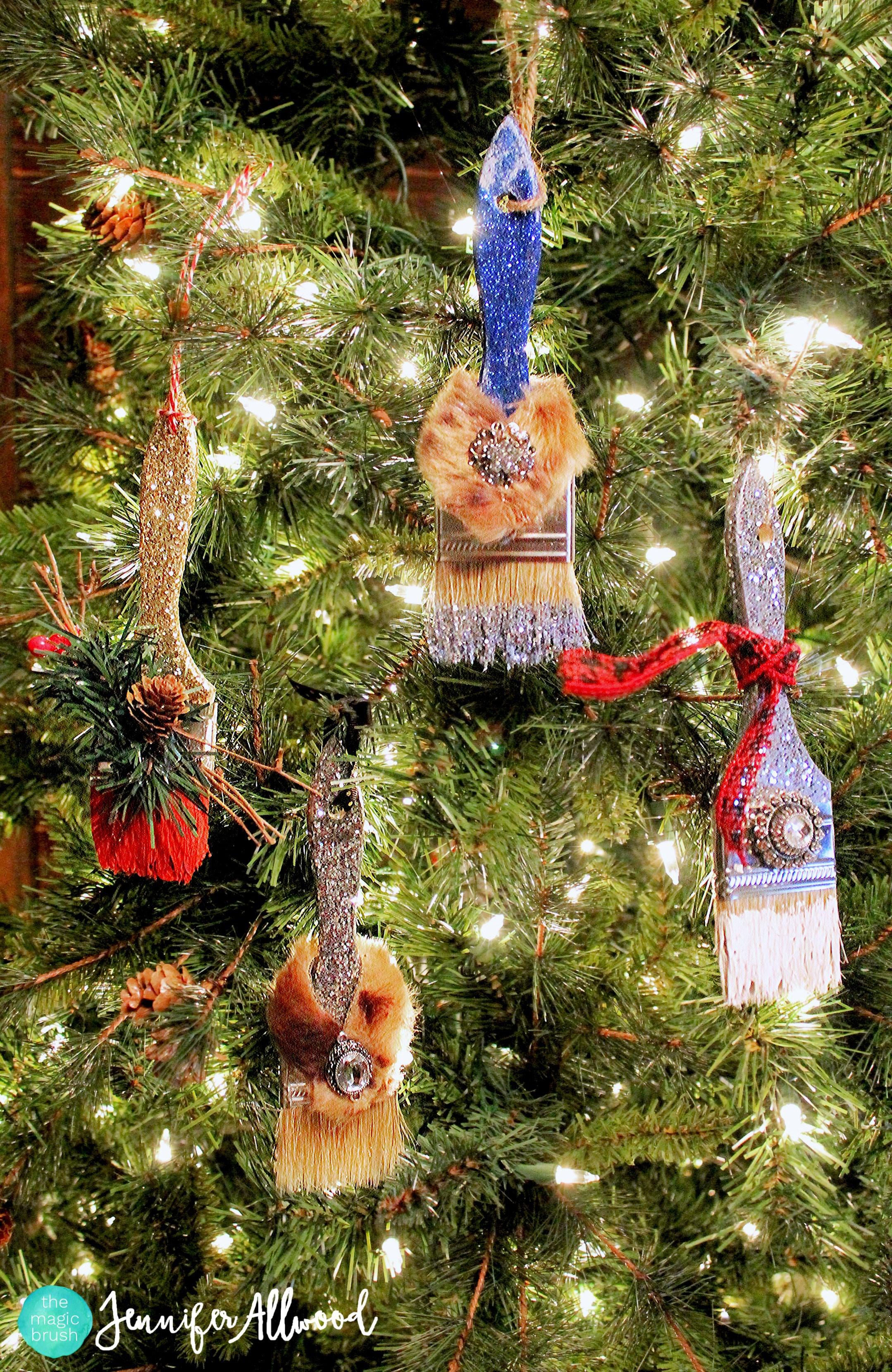 DIY Glittered Ornaments / Paint Brushes for Christmas | Magic Brush