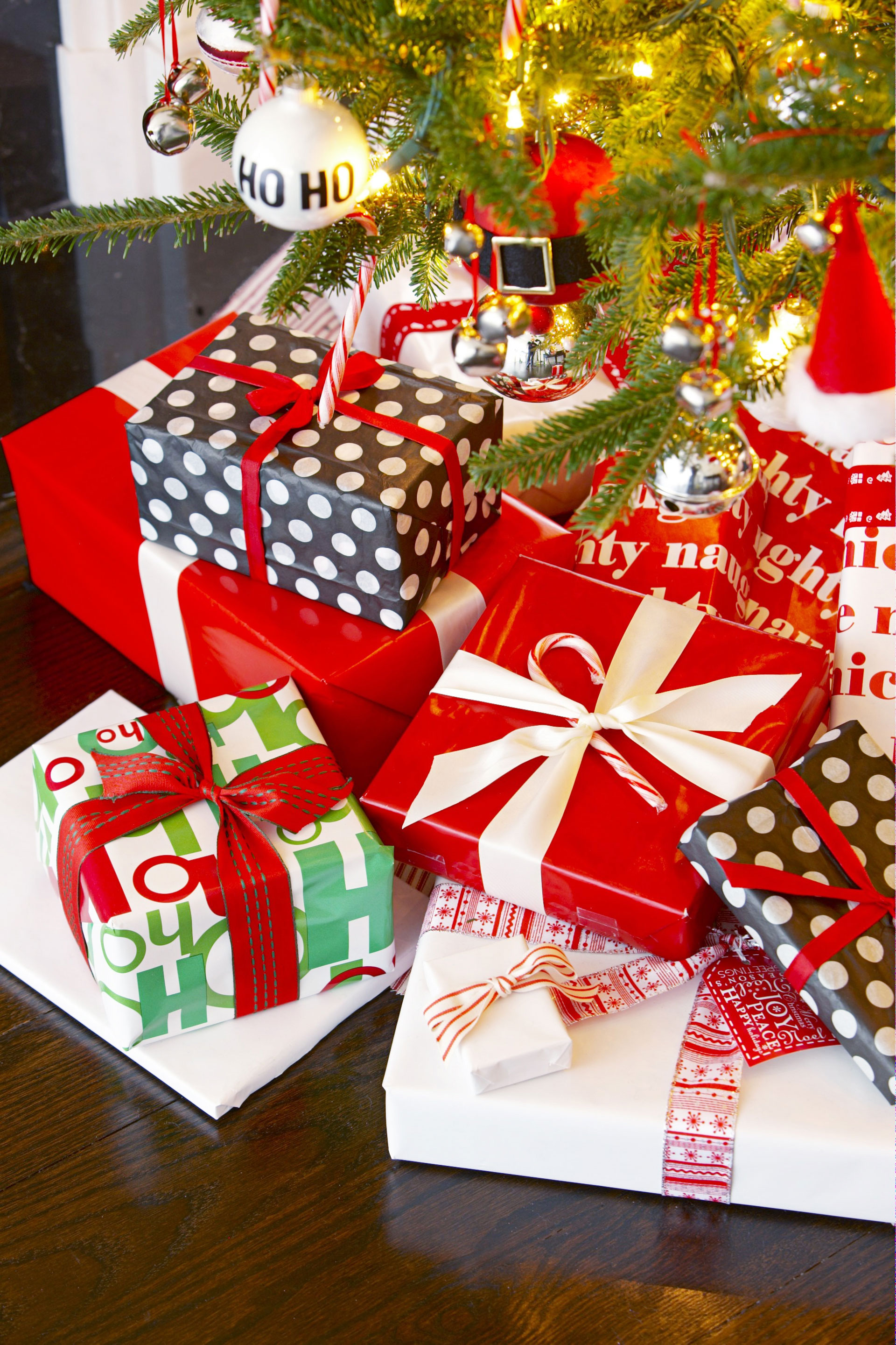 6 Best Christmas Party Themes Ideas For A Holiday Party Red And ...