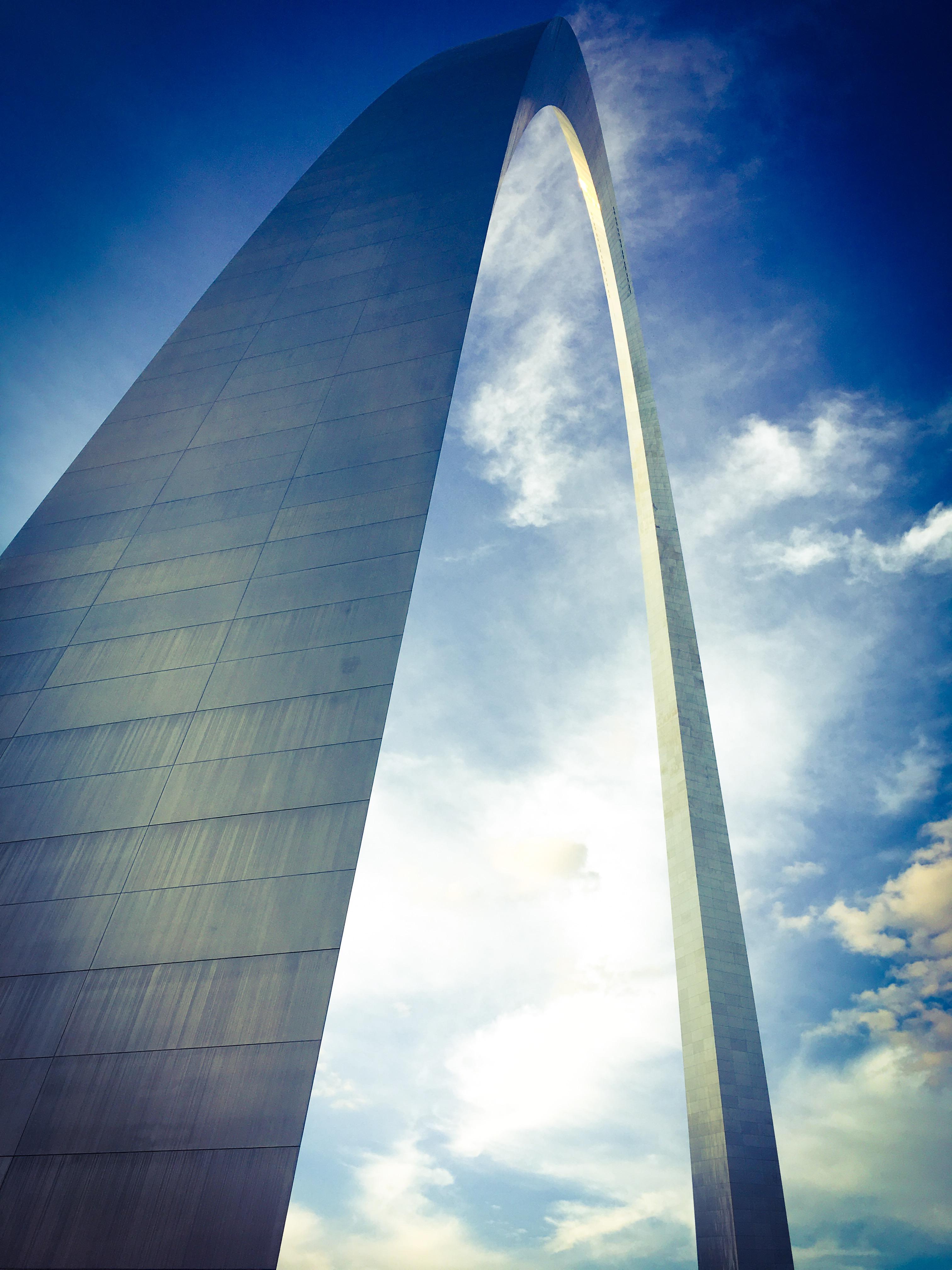 Gateway arch photo