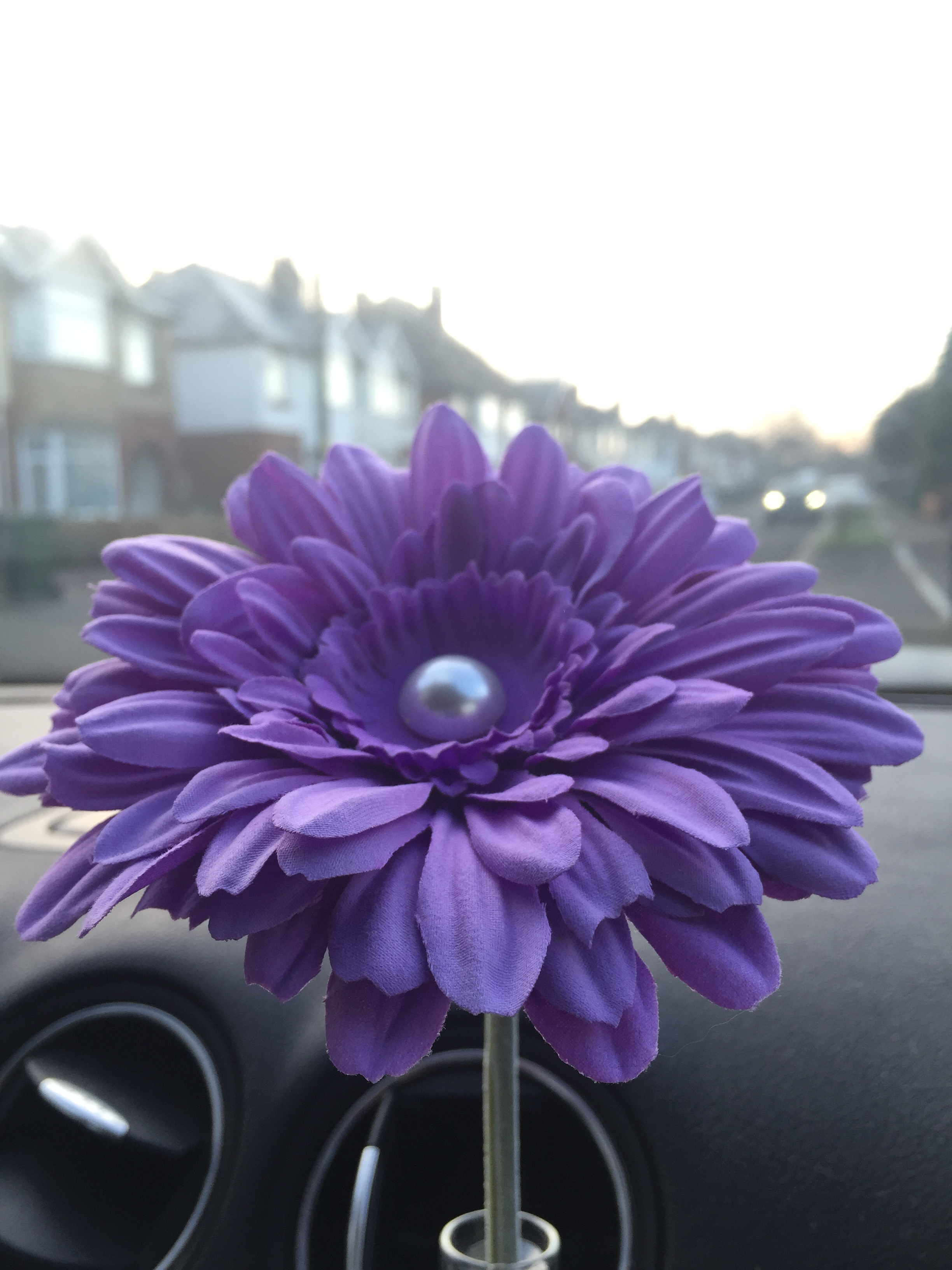 Short stemmed 13cm Gerbera flower With Pearl Centre Ideal for VW ...