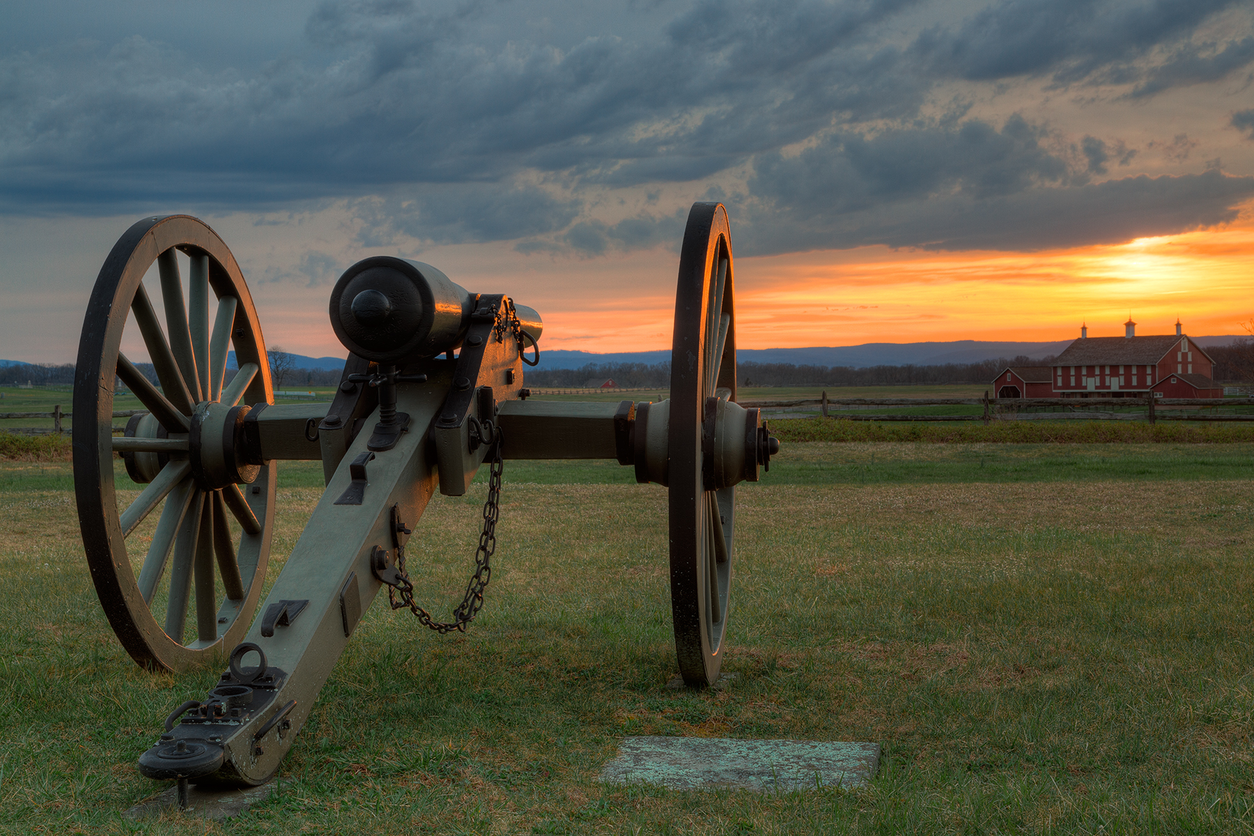 Gettysburg cannon sunset - hdr photo