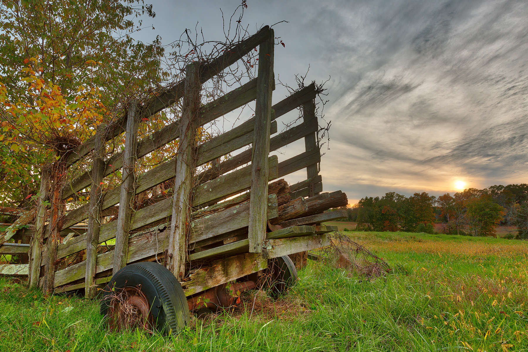 Gettysburg sunset decay - hdr photo