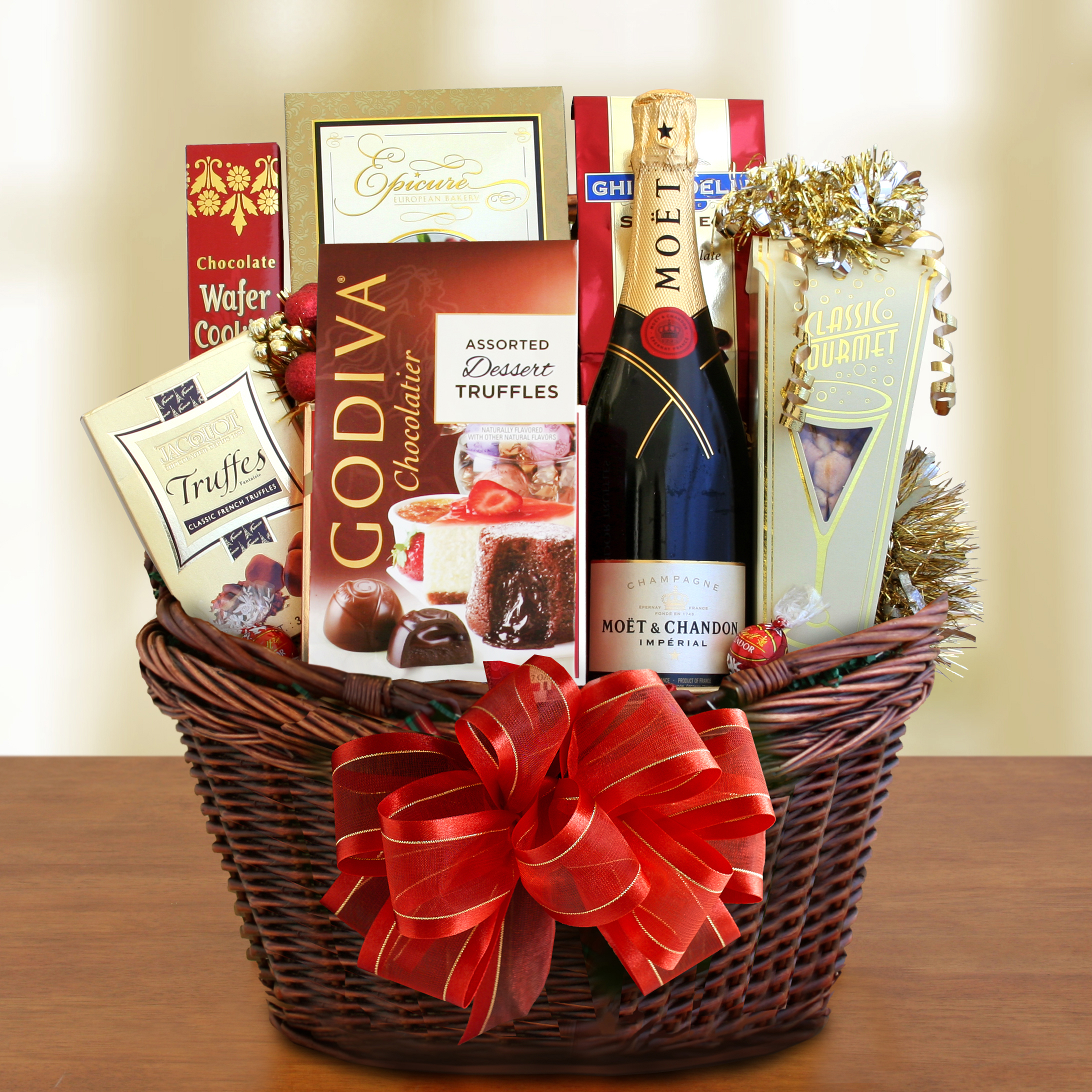 Classic Moet Champagne and Chocolate Gift Basket – Wine Lovers ...