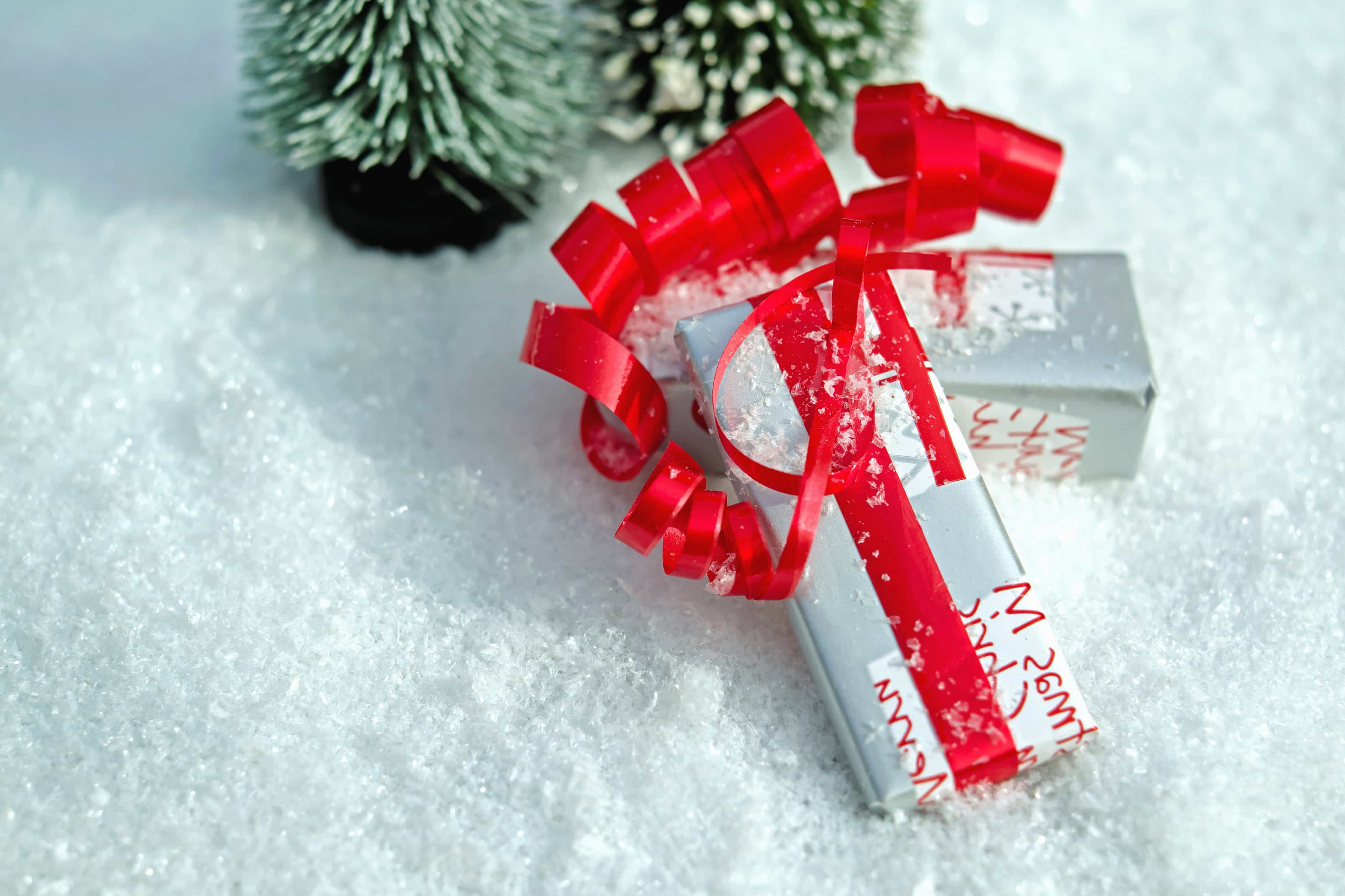 Free picture: surprise, tape, gift, snow, winter, Christmas, snowflake