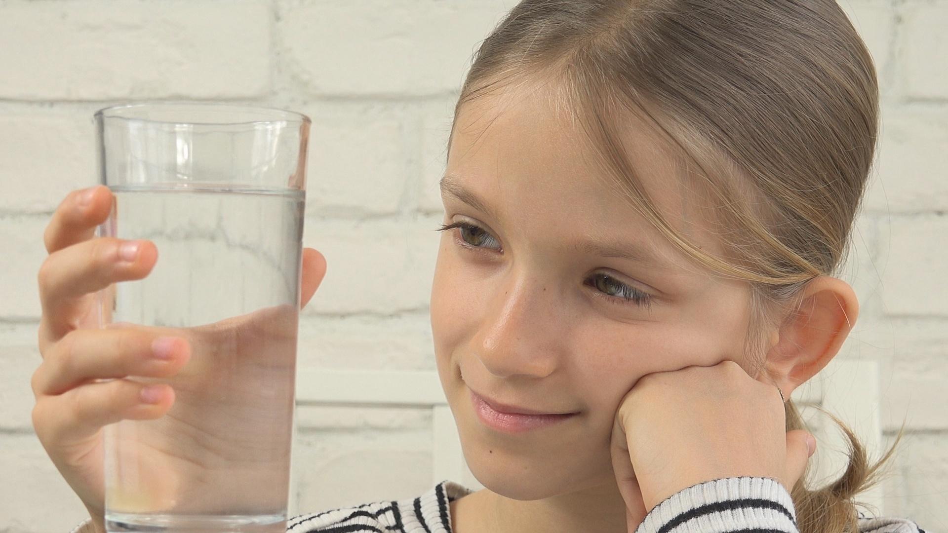 Child Drinking Water in Kitchen, Thirsty Girl Studying Glass of ...