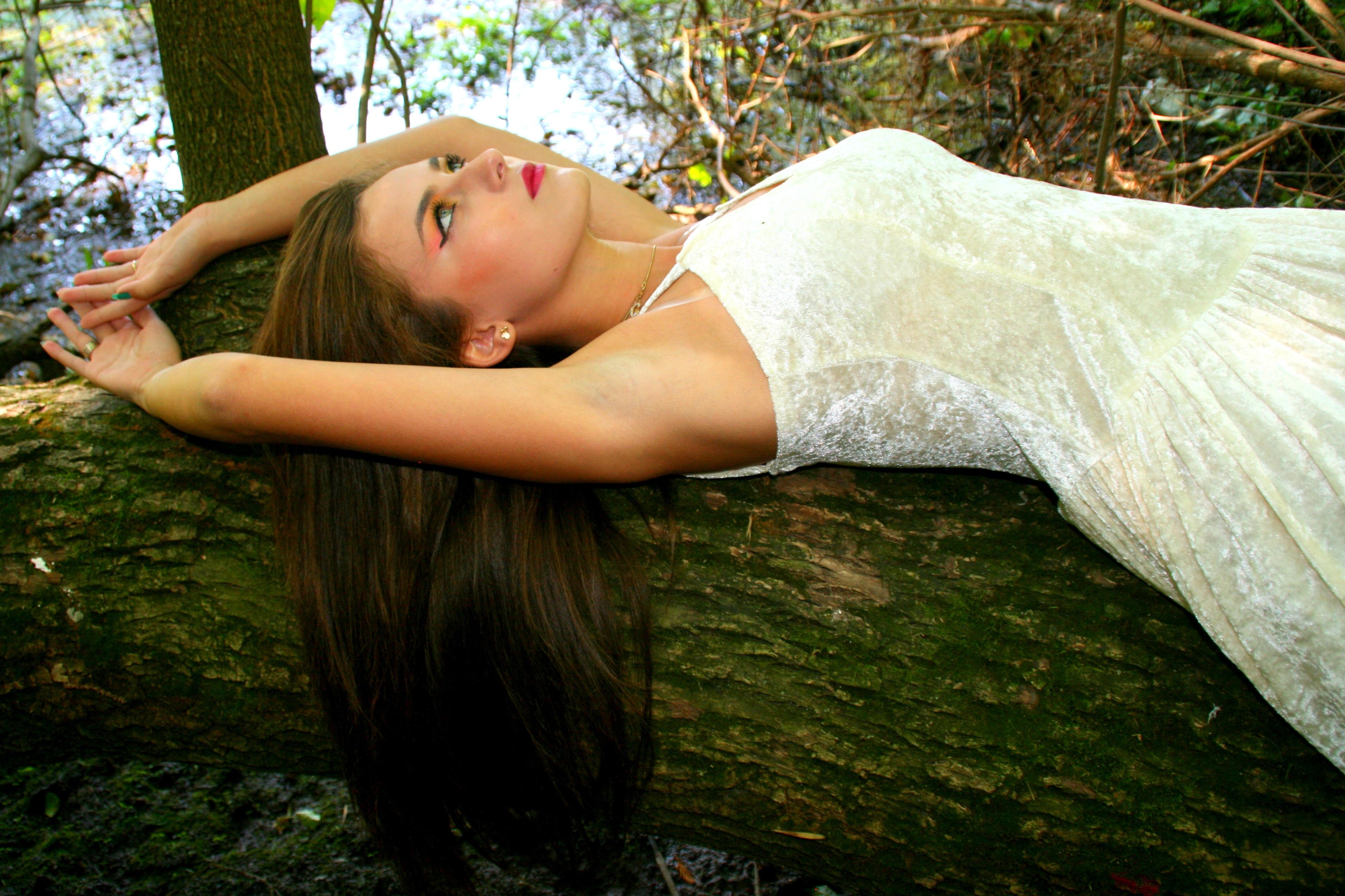Girl in White, Plants, Tree, Jungle, Human, HQ Photo